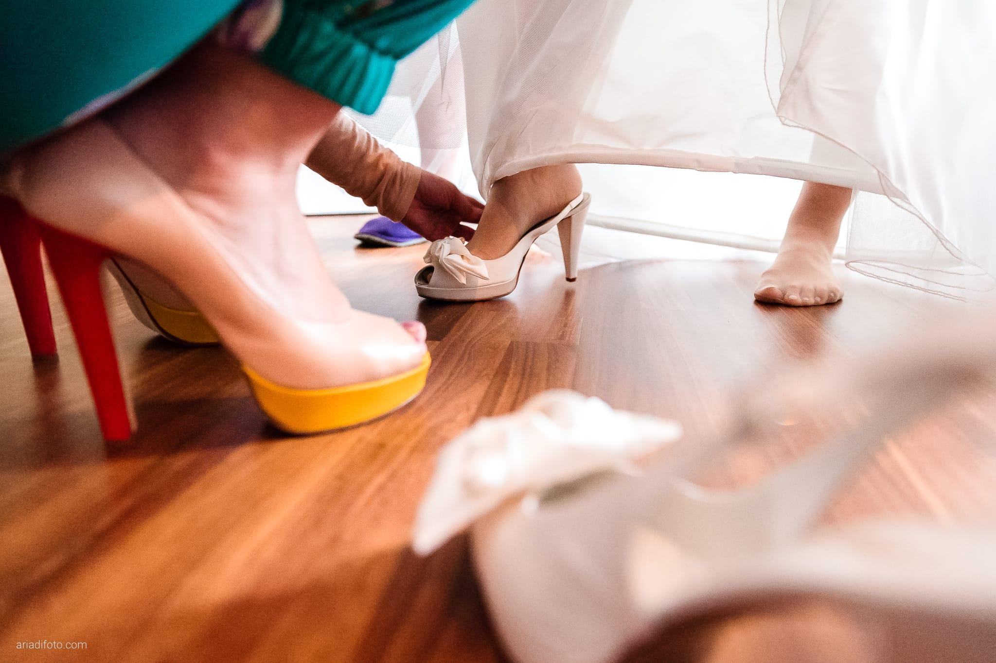 Camilla Giacomo matrimonio Duino Trieste Palazzo Lantieri Gorizia Farra preparativi scarpe
