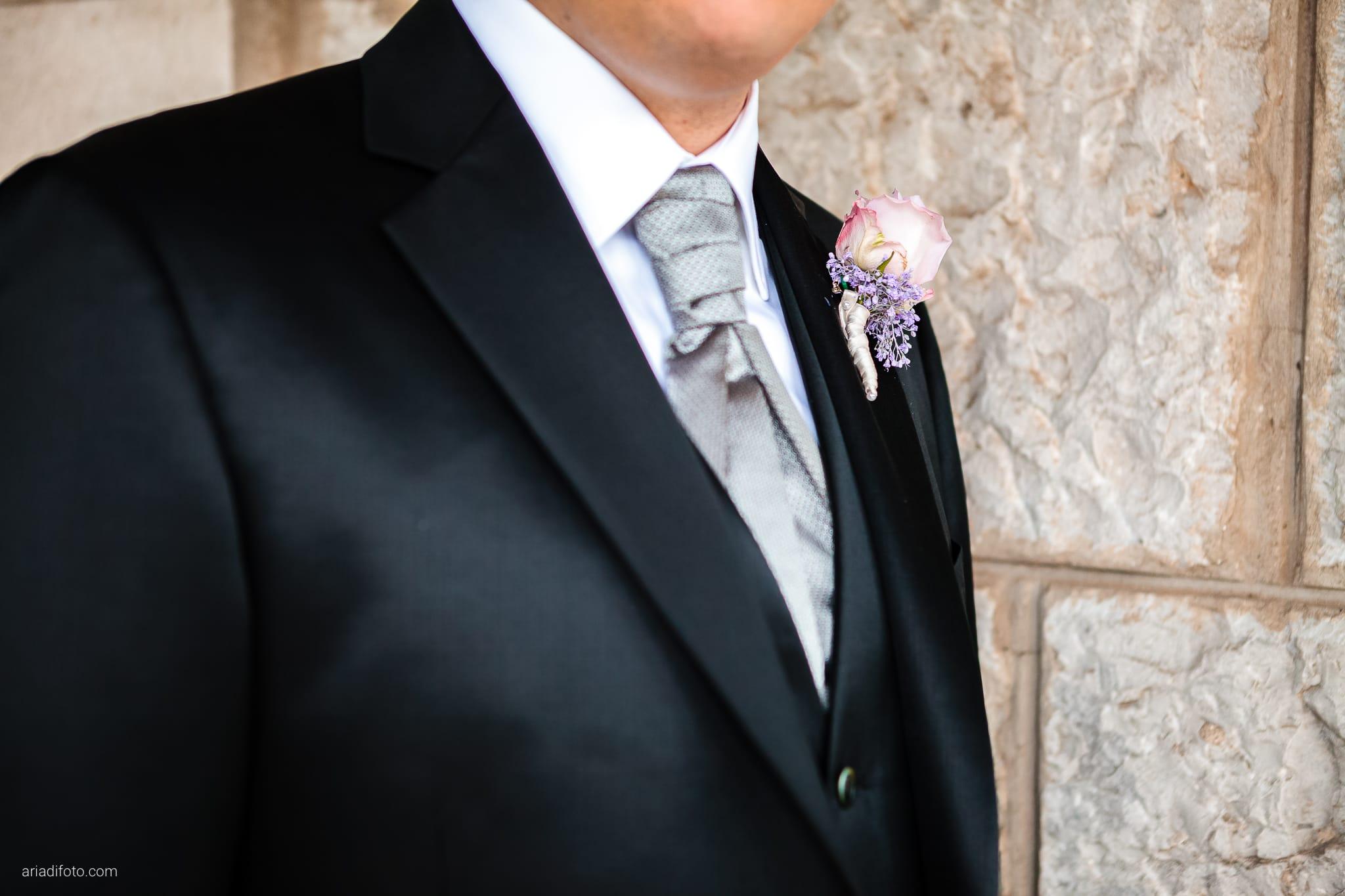 Camilla Giacomo matrimonio Duino Trieste Palazzo Lantieri Gorizia Farra cerimonia dettagli occhiello San Giovanni Battista