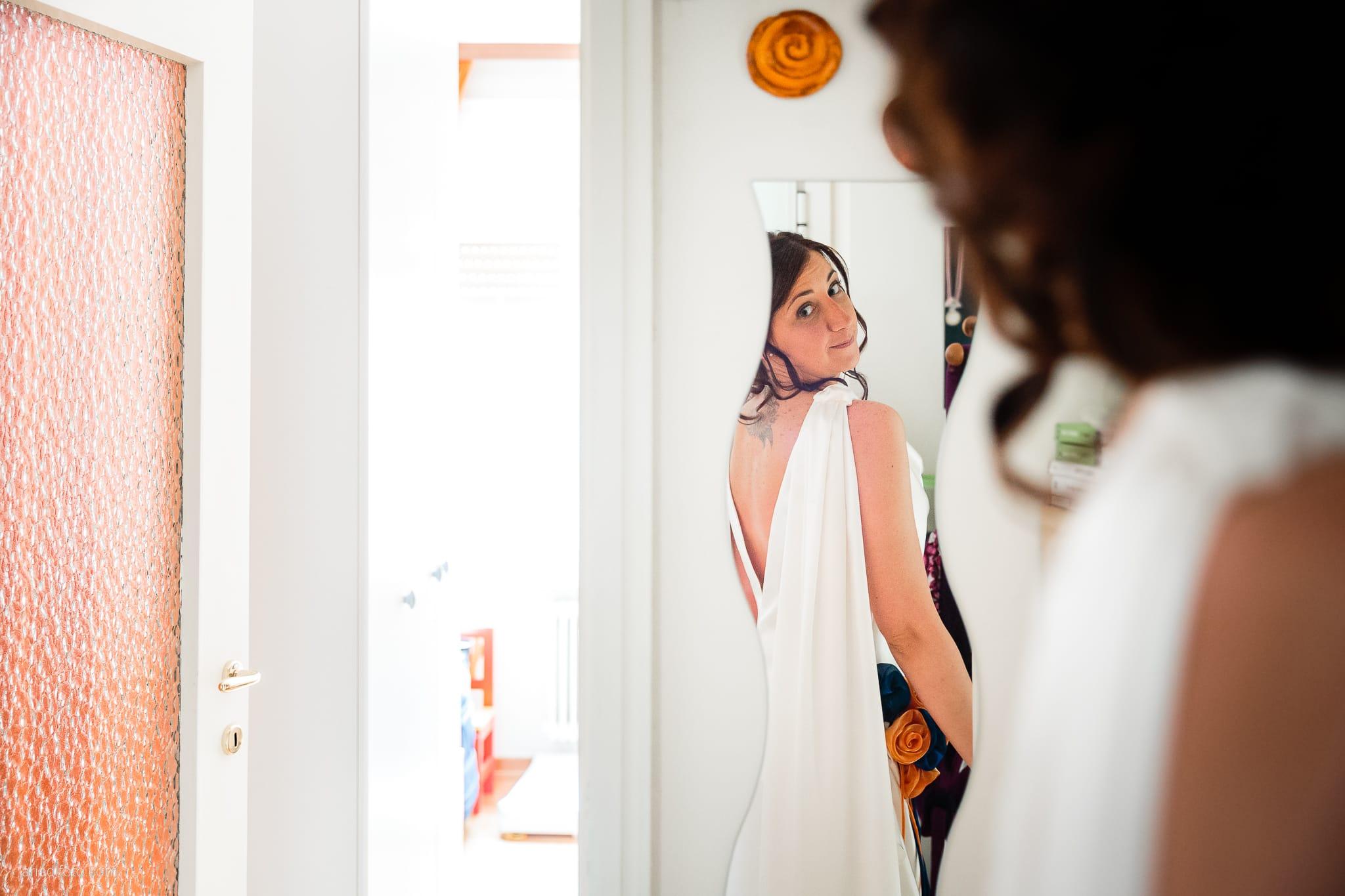 Elisa Diego matrimonio Villa Revoltella Trieste Paradiso Pocenia Udine preparativi specchio riflesso