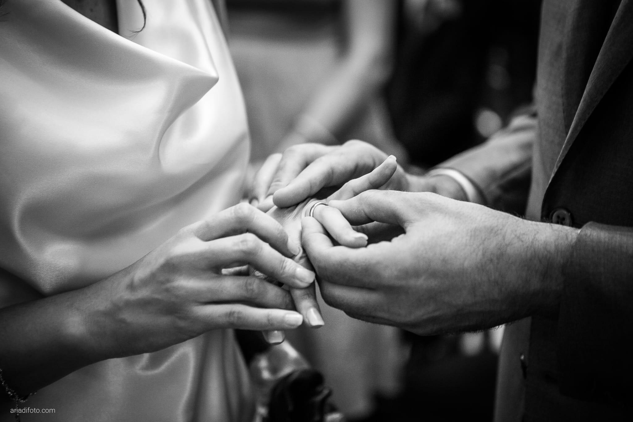 Elisa Diego matrimonio Villa Revoltella Trieste Paradiso Pocenia Udine cerimonia scambio anelli
