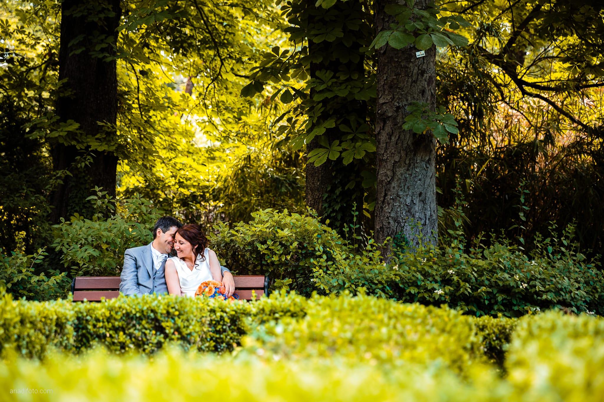 Elisa Diego matrimonio Villa Revoltella Trieste Paradiso Pocenia Udine ritratti sposi parco