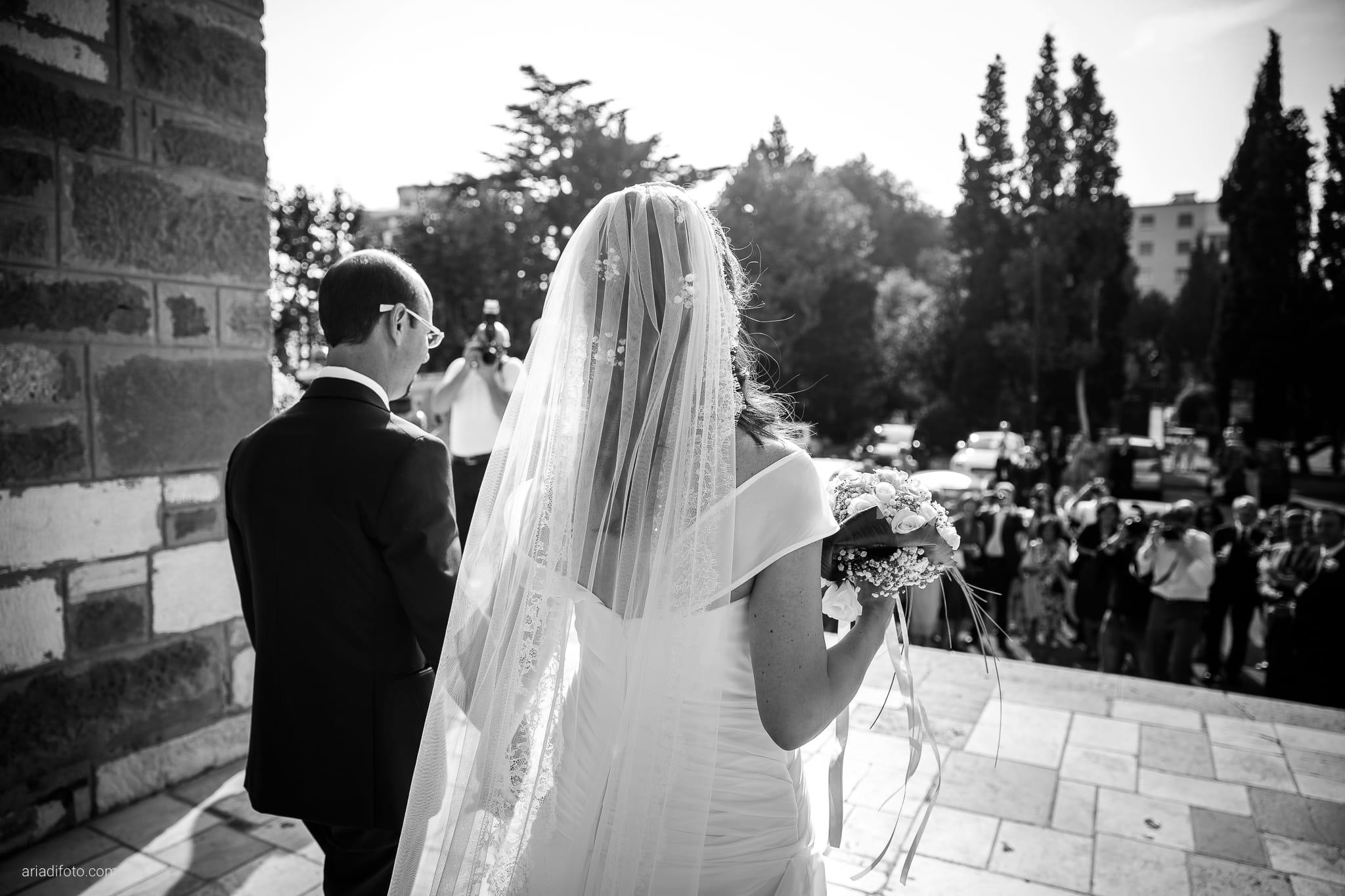 Donatella Enrico matrimonio Castello Duino Trieste lancio riso Madonna del Mare