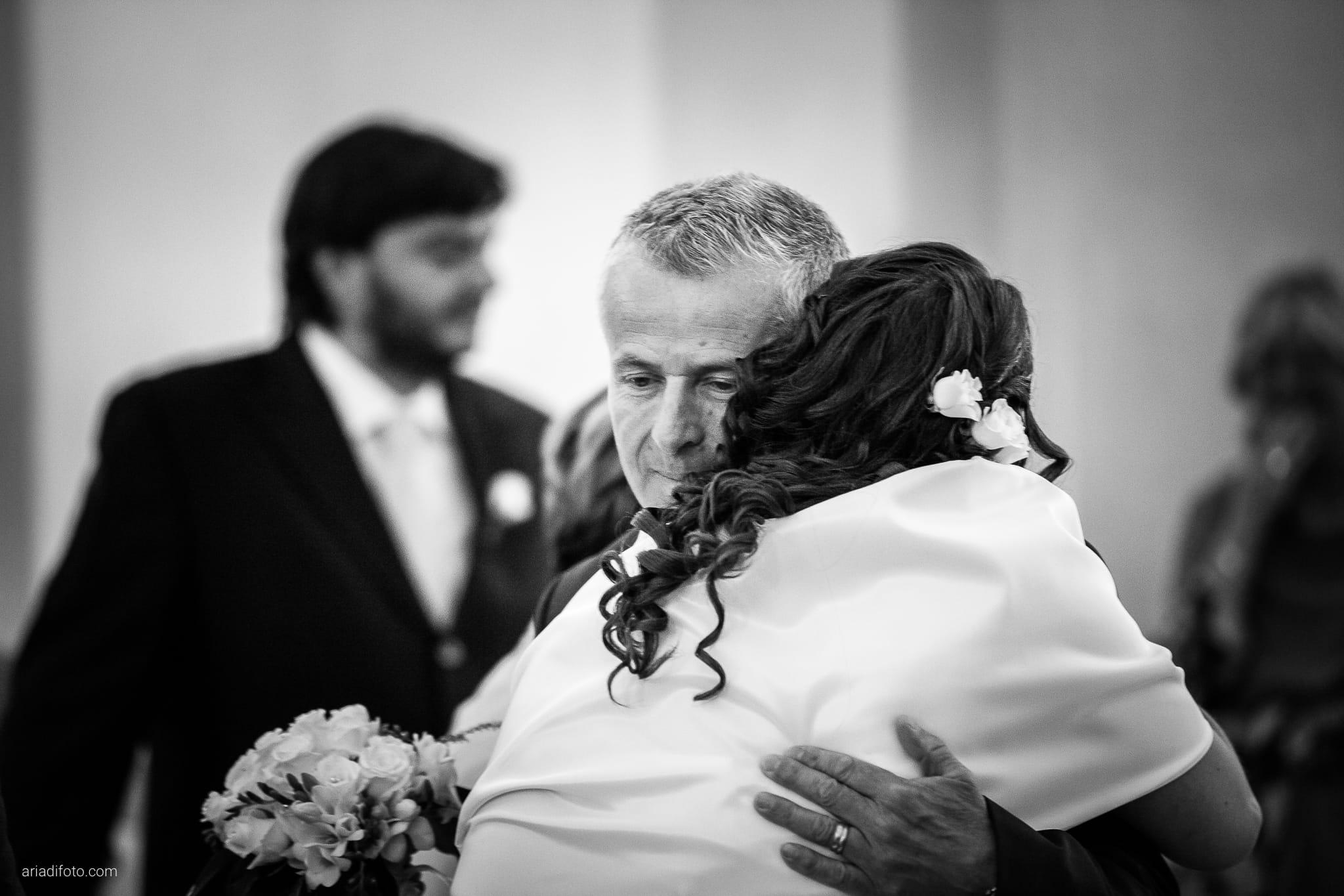 Elisa Gabriele matrimonio Veneto Val Zoldana Belluno cerimonia ingresso sposa San Nicolò