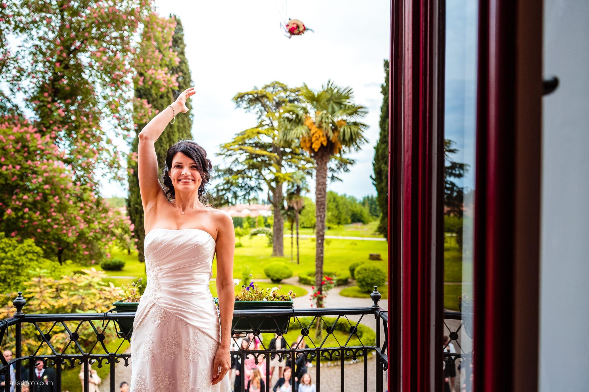 Alessandra Paolo matrimonio Villa Iachia Ruda Udine ricevimento bouquet