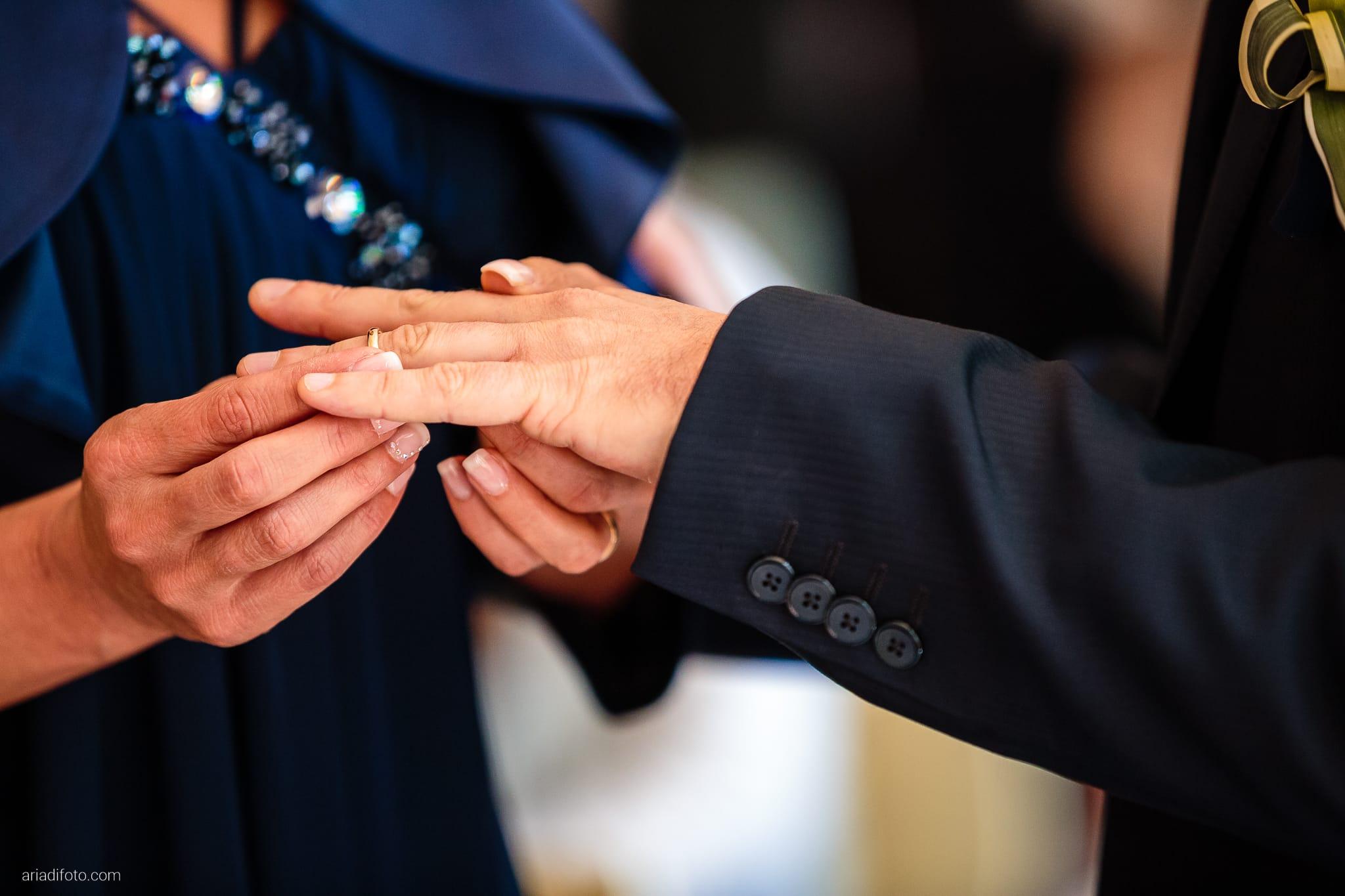 Elena Lorenzo matrimonio Zemono Vipacco Slovenia cerimonia civile Museo Sartorio scambio anelli