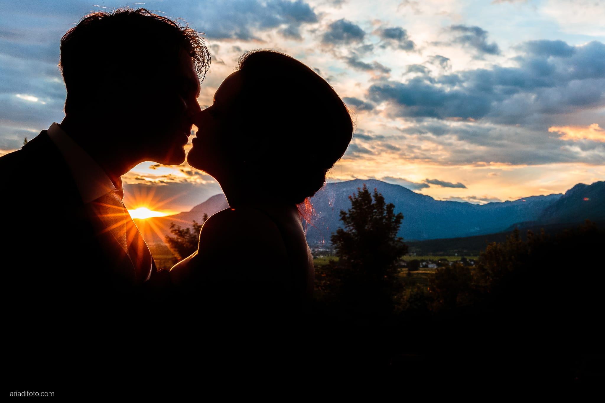 Elena Lorenzo matrimonio Zemono Vipacco Slovenia ritratti sposi tramonto
