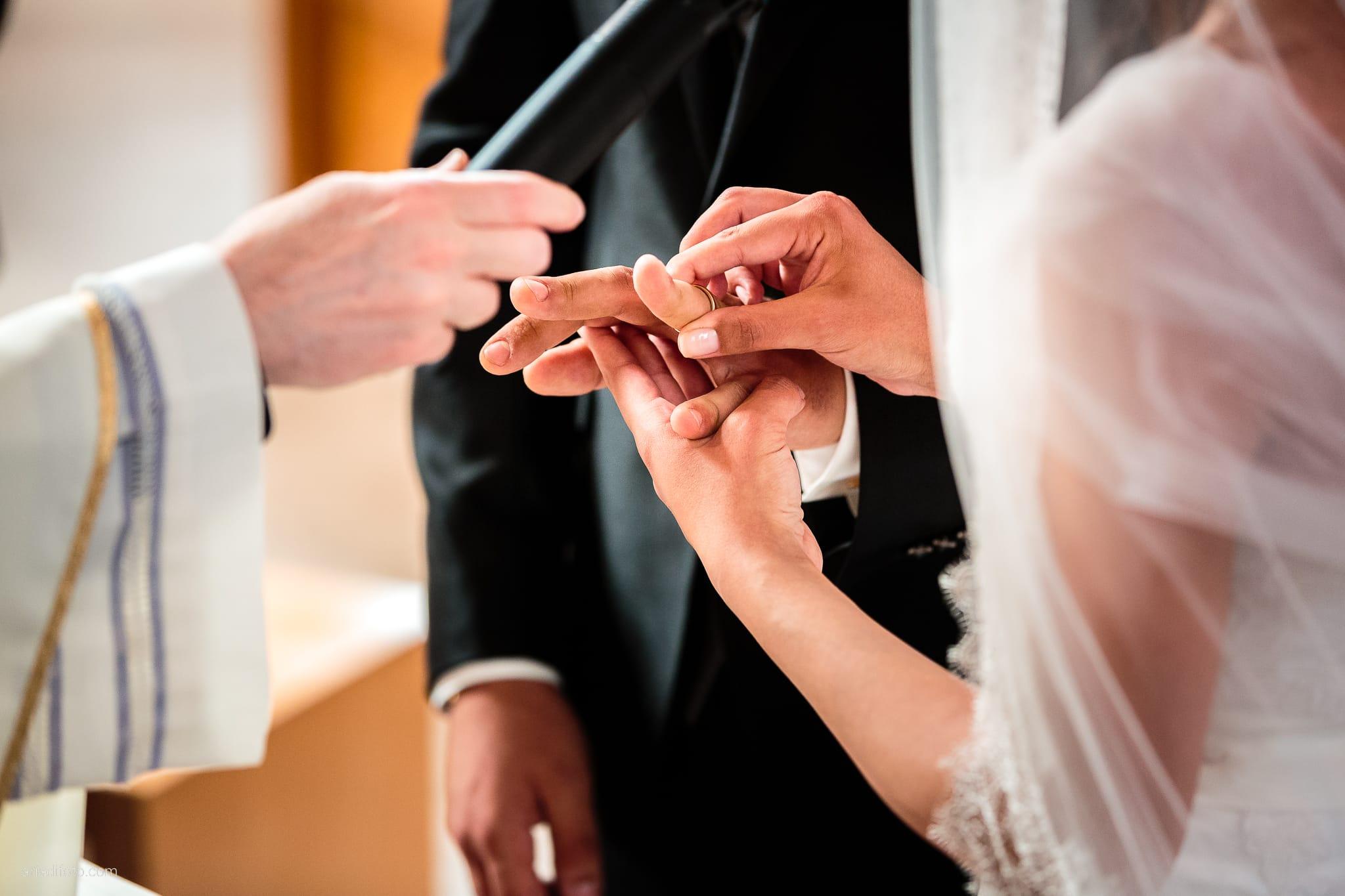 Fiordaliso Andrea matrimonio Salvia Rosmarino Trieste cerimonia scambio anelli Beata Vergine delle Grazie