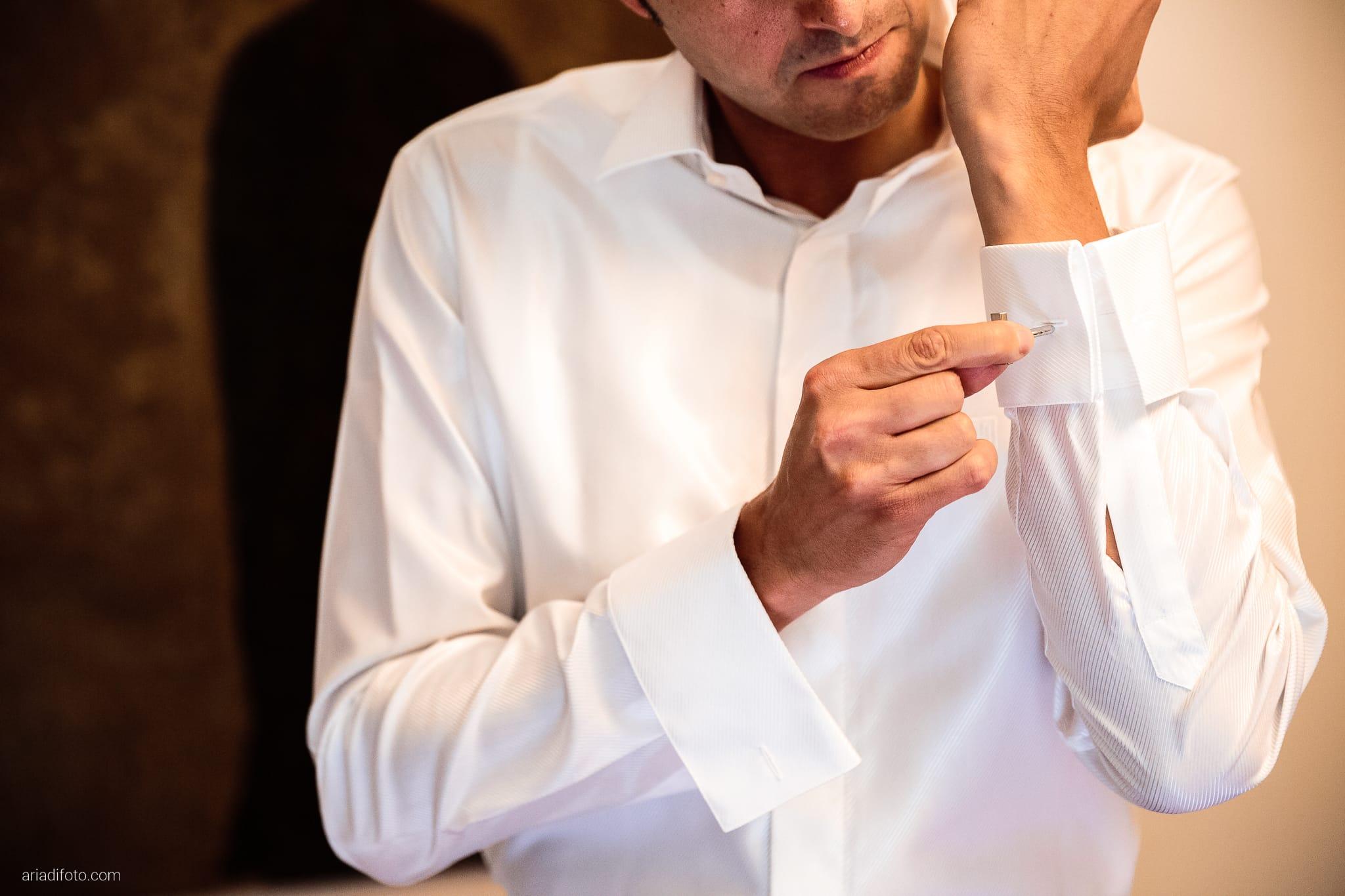 Roberta Alessandro matrimonio Duino Baronesse Tacco San Floriano del Collio Gorizia preparativi dettagli camicia gemelli