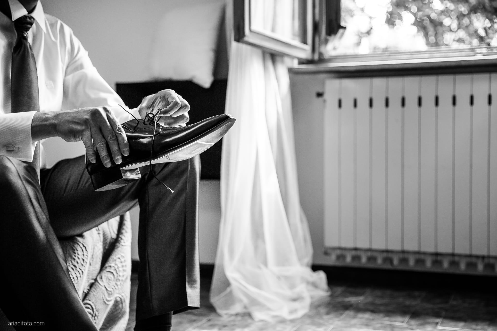 Roberta Alessandro matrimonio Duino Baronesse Tacco San Floriano del Collio Gorizia preparativi scarpe