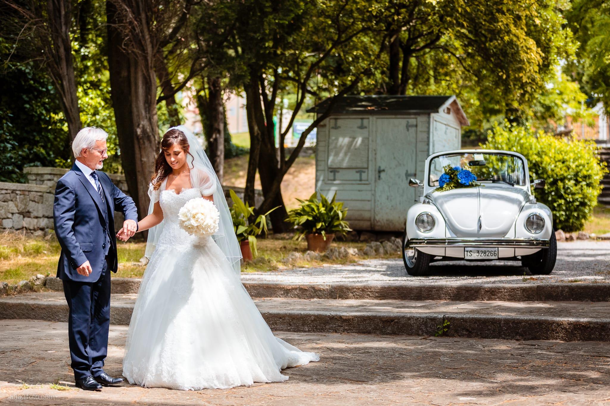 Roberta Alessandro matrimonio Duino San Giovanni in Tuba Baronesse Tacco San Floriano del Collio Gorizia cerimonia ingresso sposa