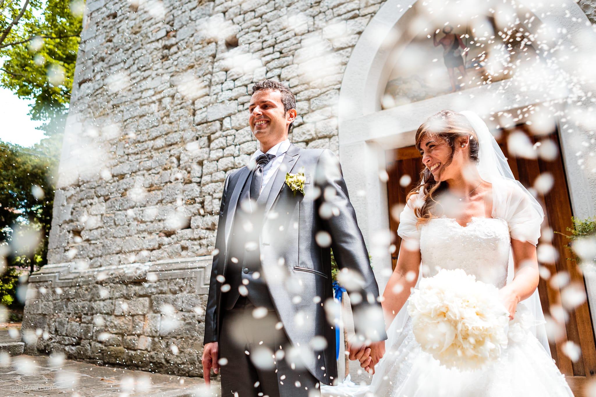Roberta Alessandro matrimonio Duino San Giovanni in Tuba Baronesse Tacco San Floriano del Collio Gorizia lancio del riso