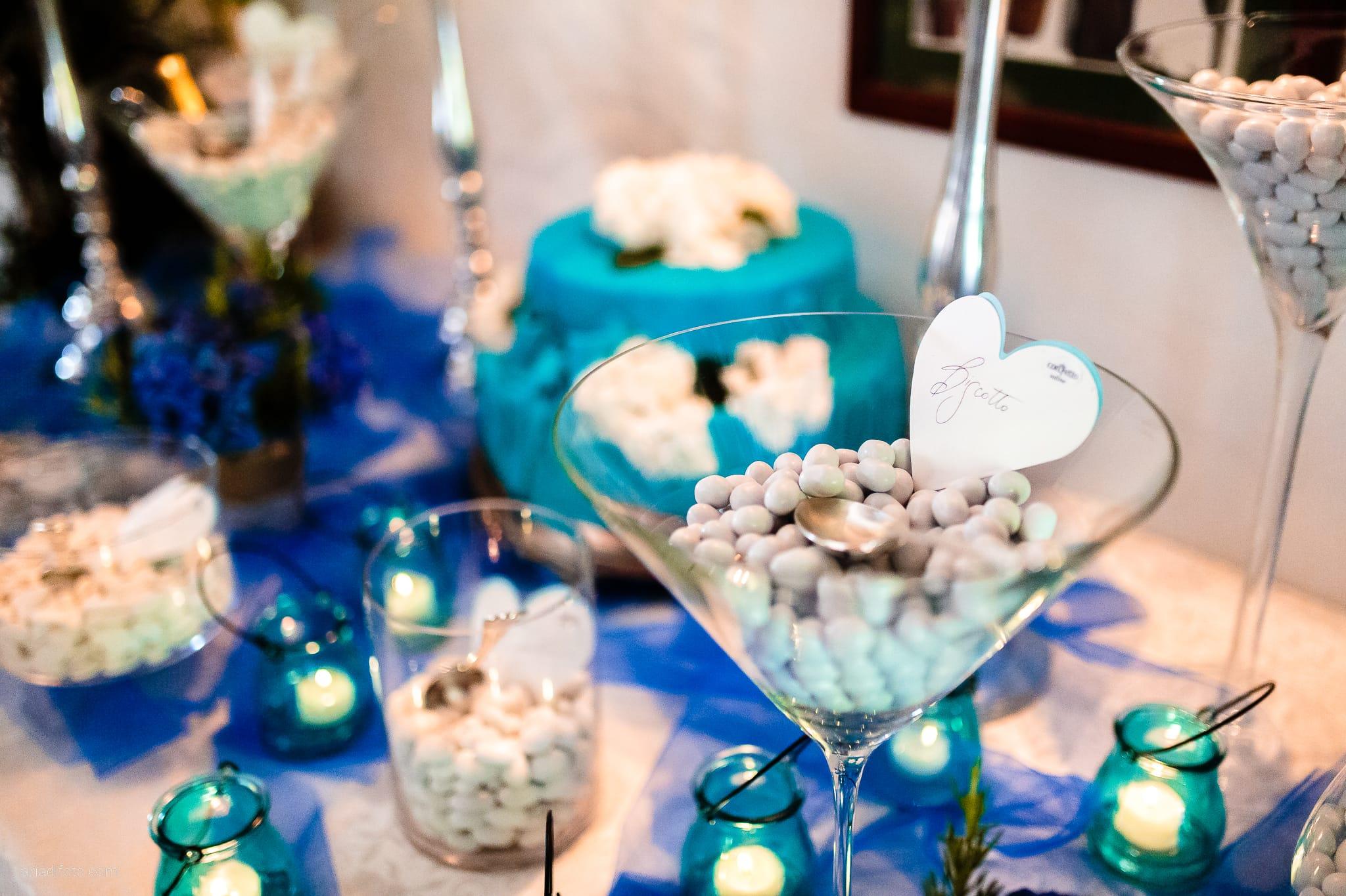 Roberta Alessandro matrimonio Duino Baronesse Tacco San Floriano del Collio Gorizia ricevimento allestimenti sala tavoli decorazioni fiori confetti