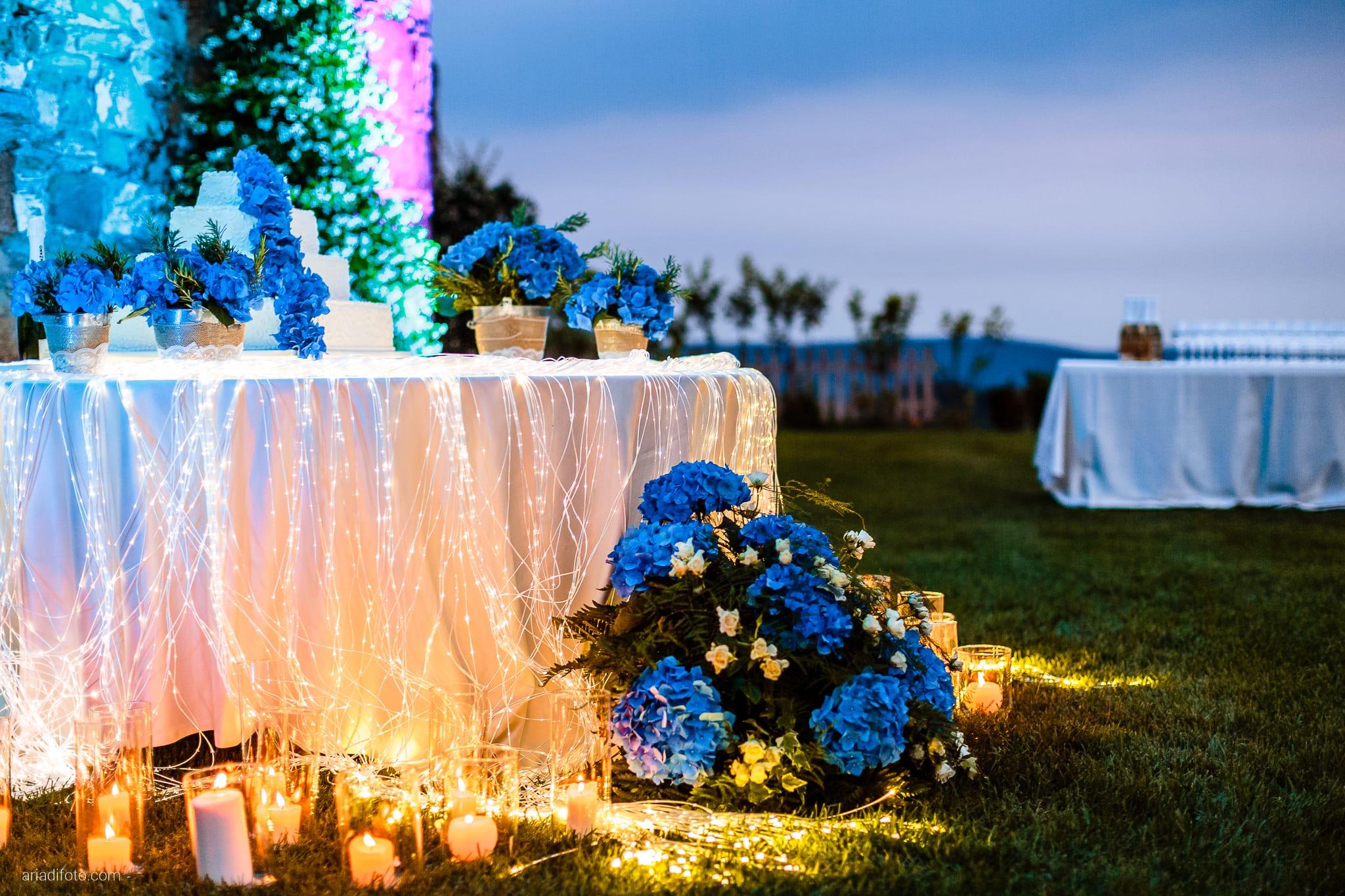 Roberta Alessandro matrimonio Duino Baronesse Tacco San Floriano del Collio Gorizia ricevimento torta fibre ottiche gp eventi illuminazione