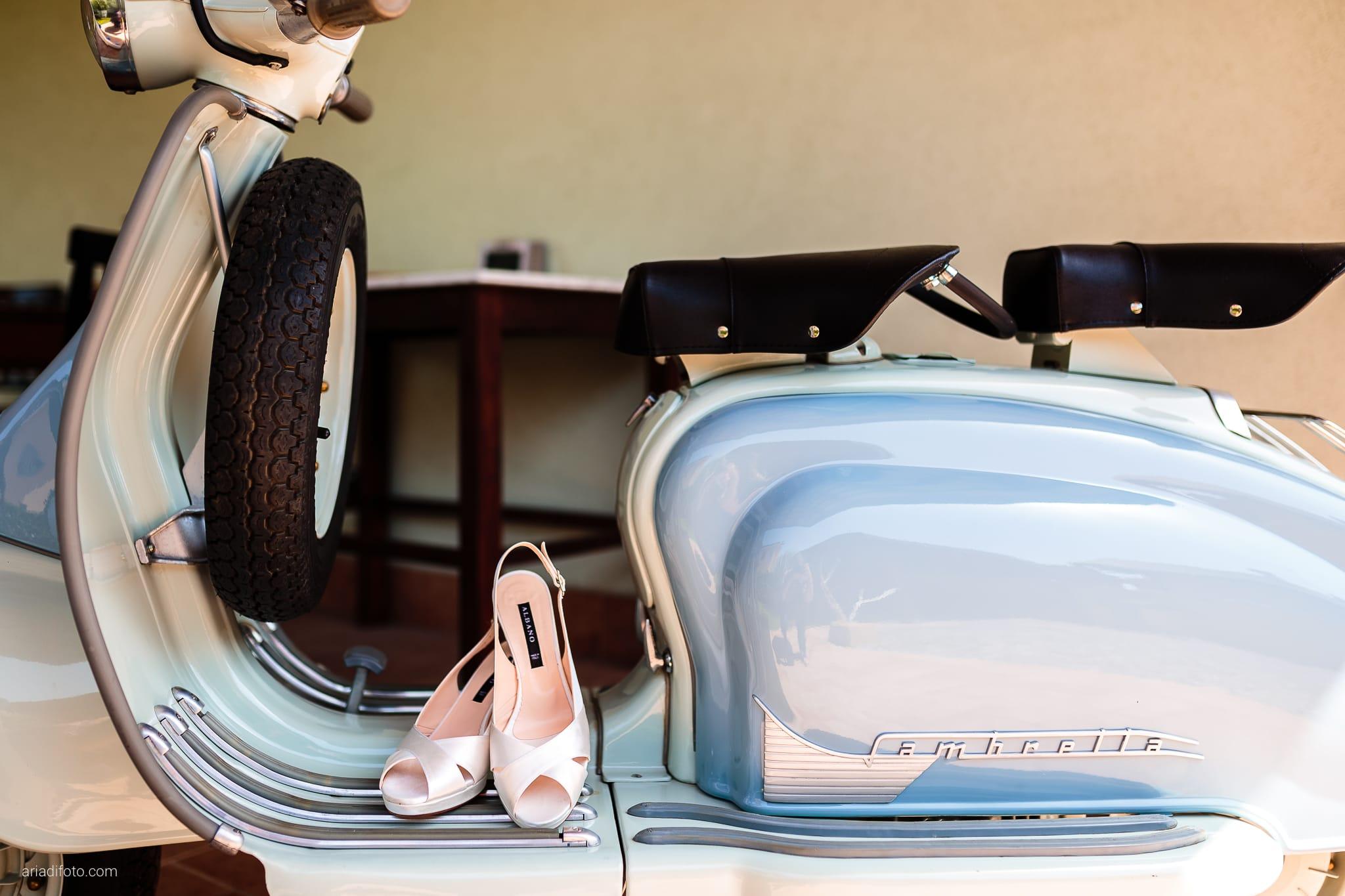 Chiara Mensur matrimonio Pradamano Baronesse Tacco San Floriano del Collio Gorizia preparativi dettagli scarpe vespa