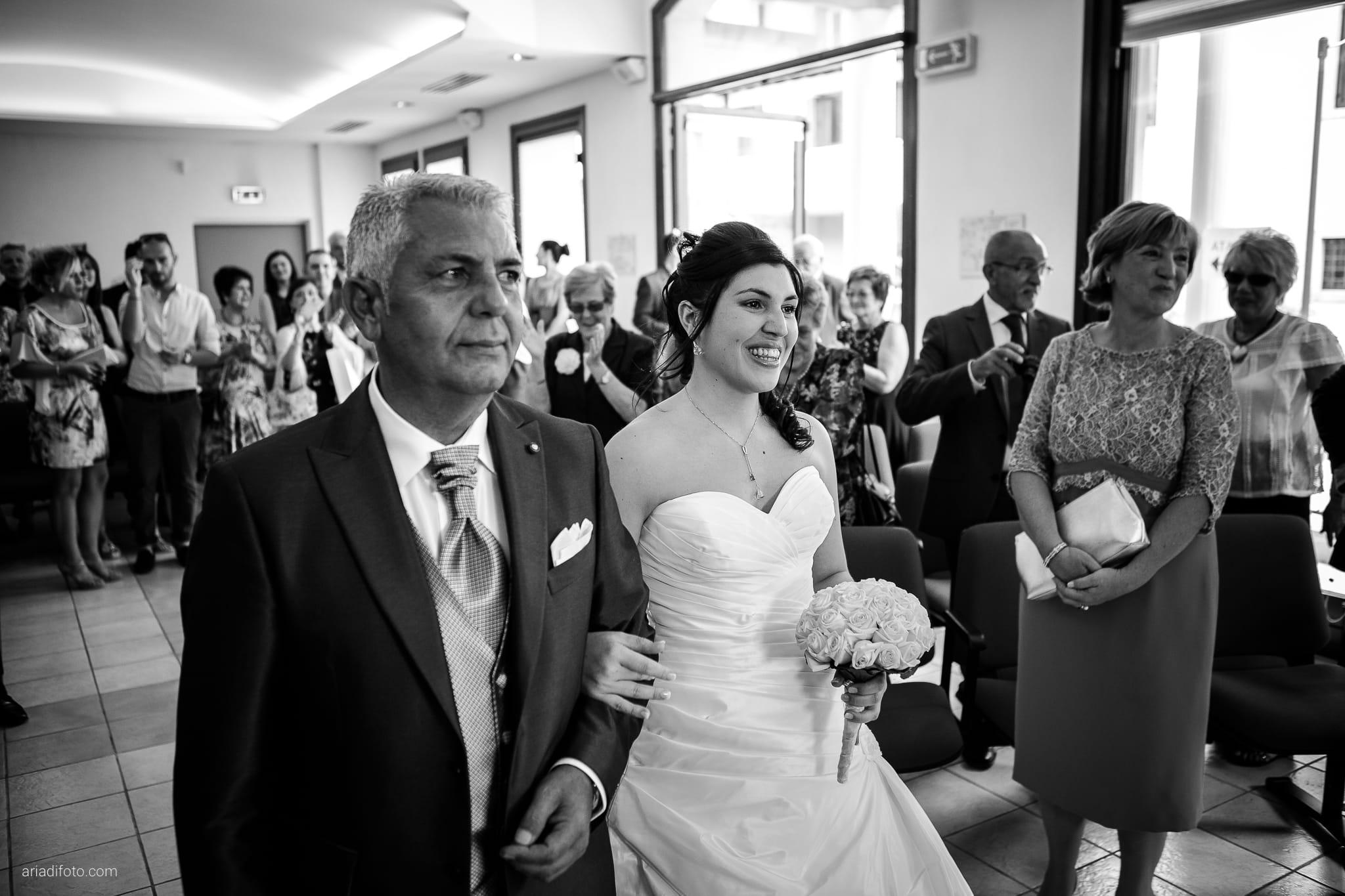 Chiara Mensur matrimonio Pradamano Baronesse Tacco San Floriano del Collio Gorizia cerimonia ingresso sposa