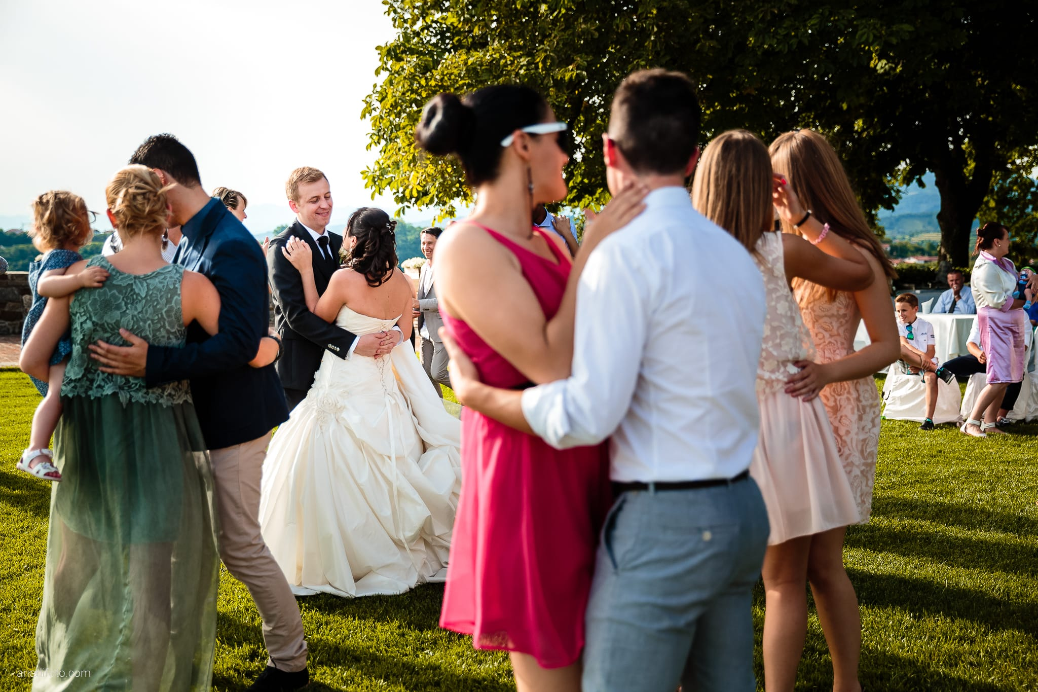 Chiara Mensur matrimonio Pradamano Baronesse Tacco San Floriano del Collio Gorizia ricevimento primo ballo