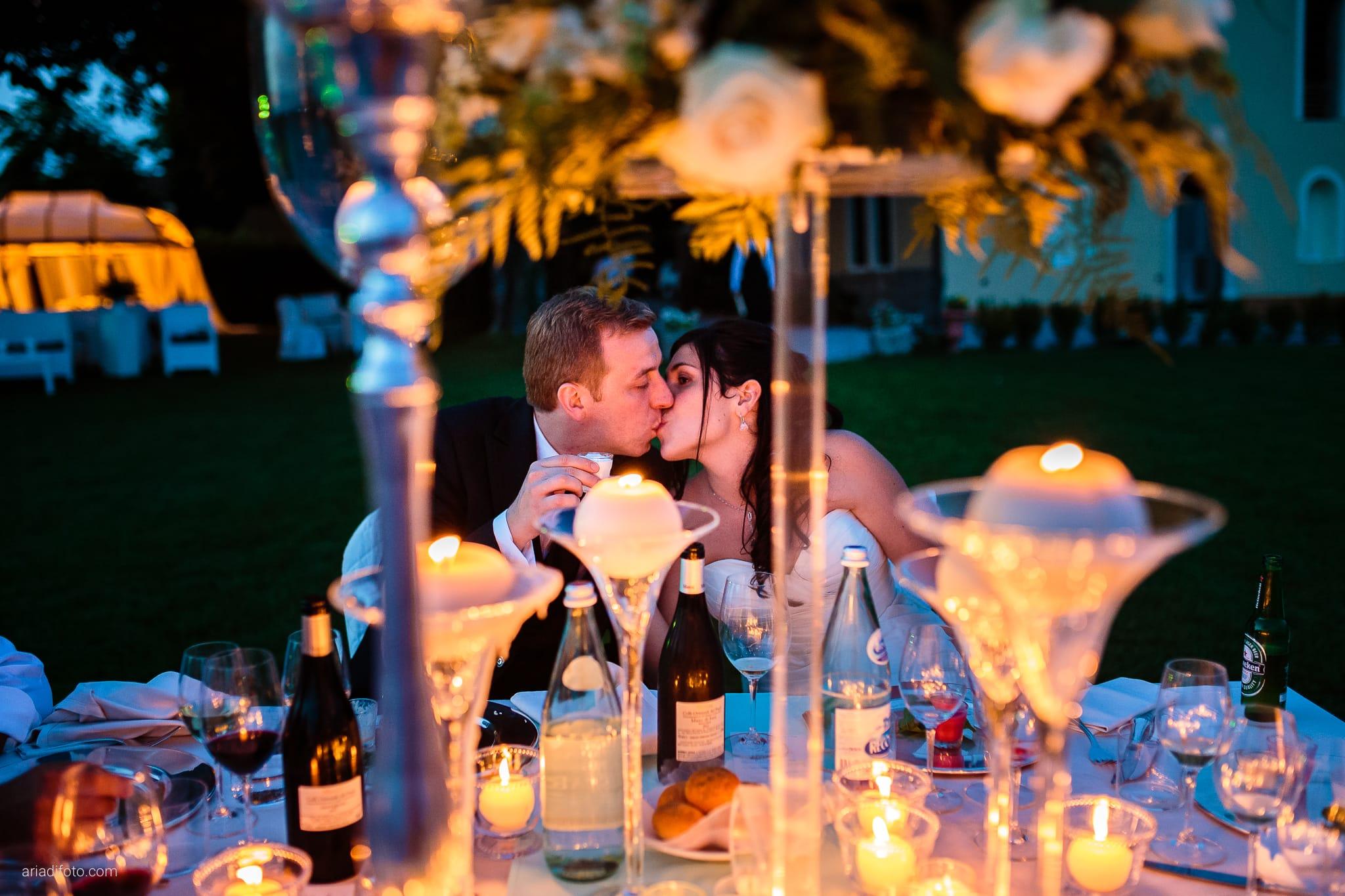 Chiara Mensur matrimonio Pradamano Baronesse Tacco San Floriano del Collio Gorizia ricevimento cena candele centrotavola