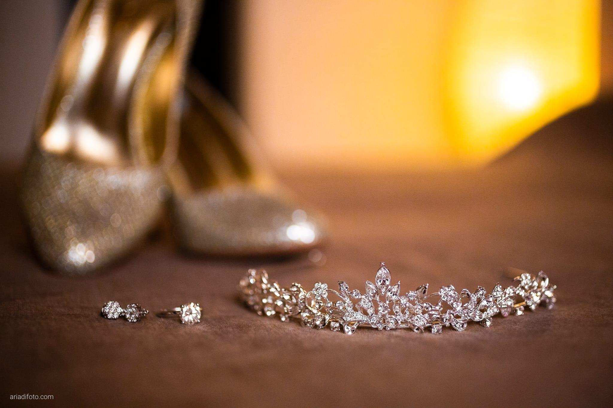 Martina Maurizio matrimonio Trieste Castello Spessa Gorizia preparativi dettagli scarpe orecchini tiara