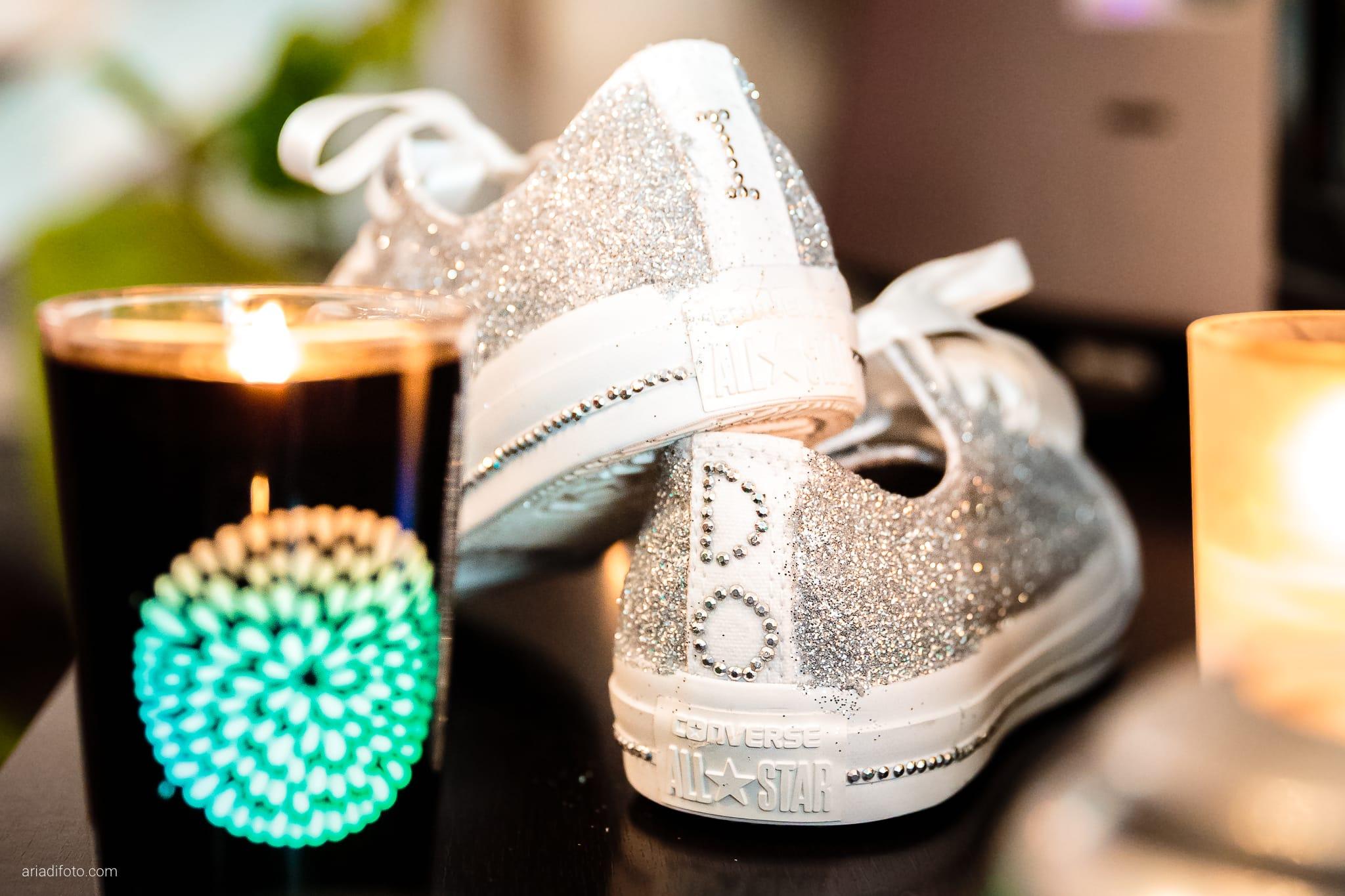 Martina Maurizio matrimonio Trieste Castello Spessa Gorizia preparativi dettagli scarpe all stars converse candela
