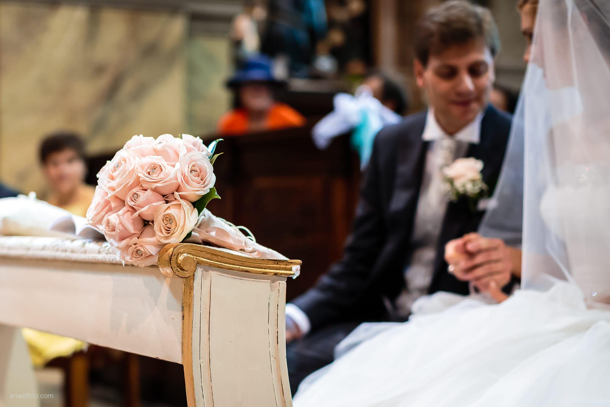 Martina Maurizio matrimonio Trieste Castello Spessa Gorizia cerimonia Santa Maria Maggiore dettagli bouquet rose