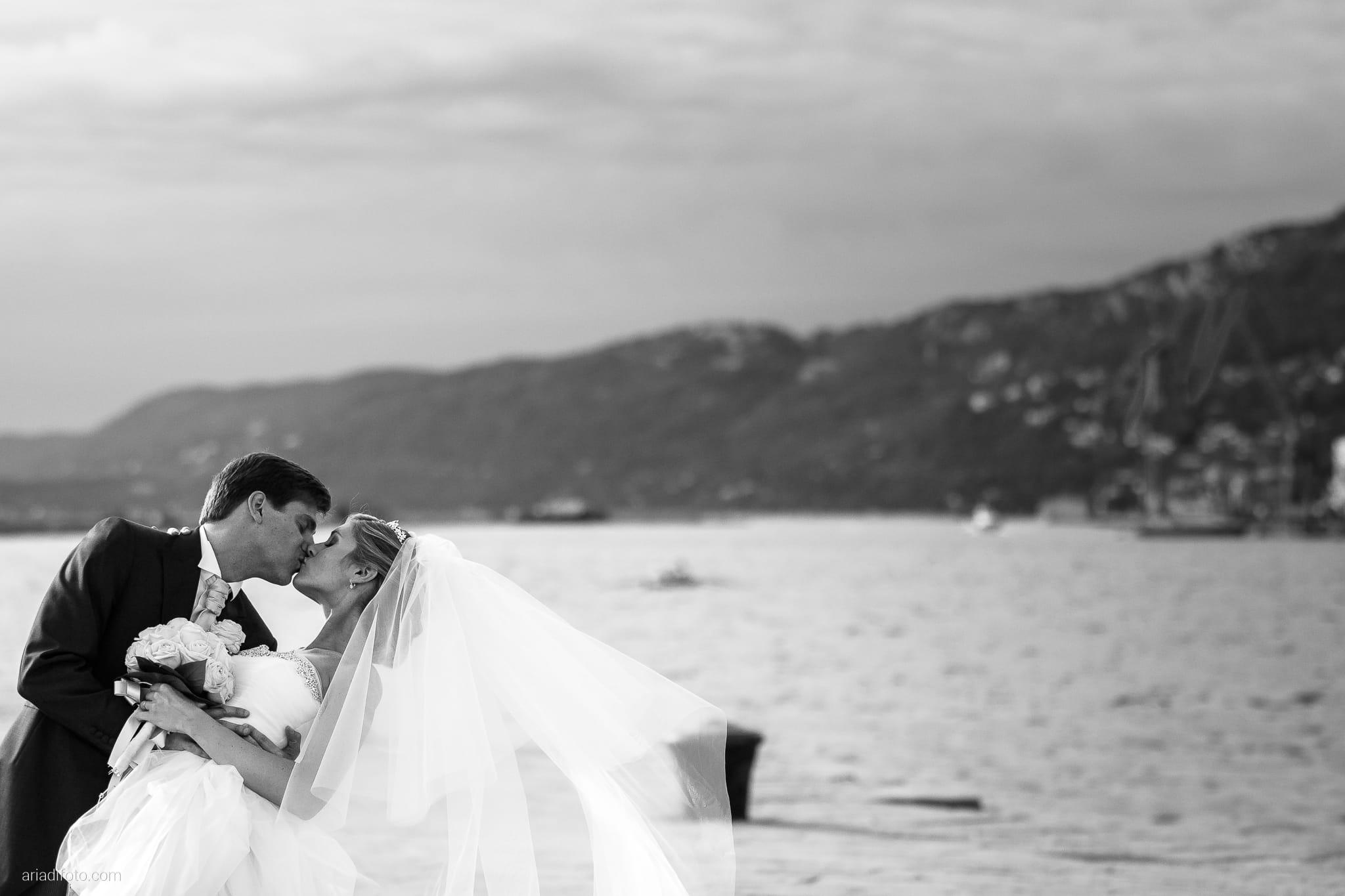 Martina Maurizio matrimonio Trieste Castello Spessa Gorizia ritratti sposi Molo Audace