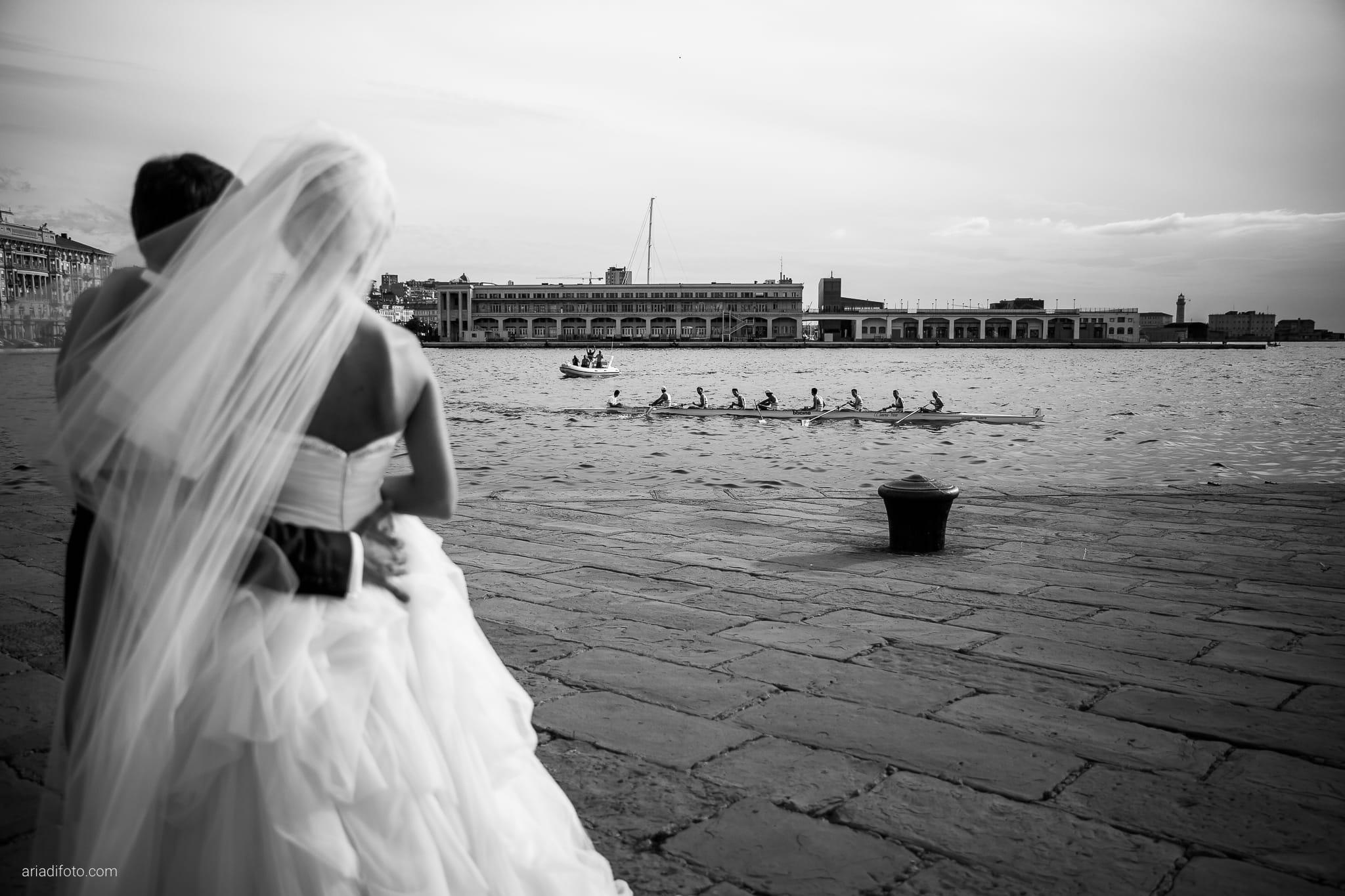 Martina Maurizio matrimonio Trieste Castello Spessa Gorizia ritratti sposi molo audace canottaggio