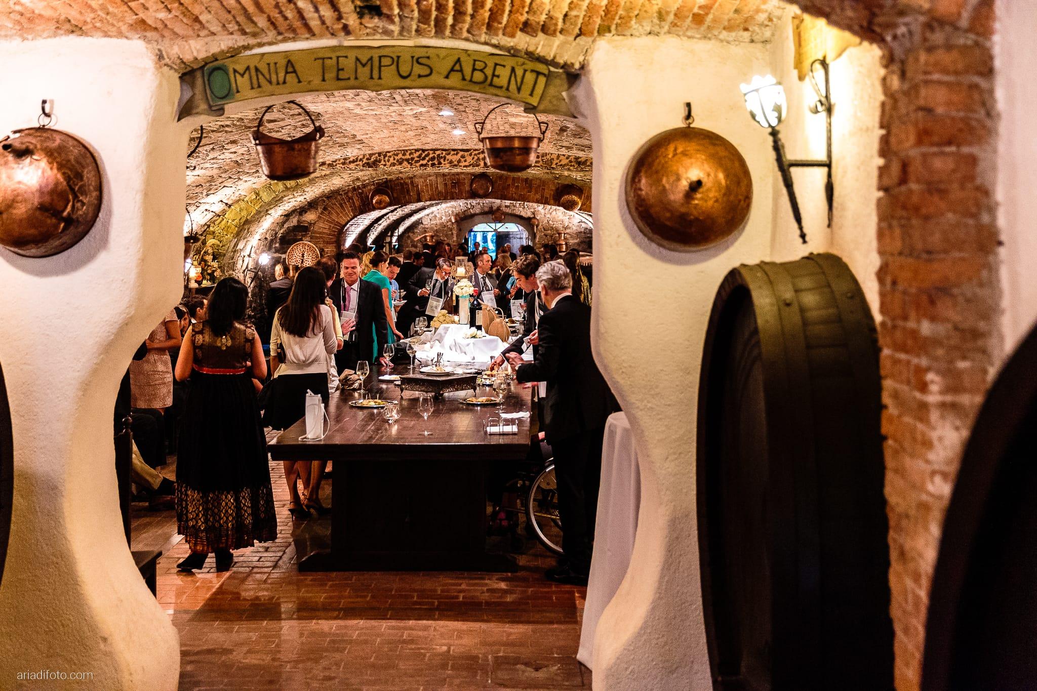 Martina Maurizio matrimonio Trieste Castello Spessa Gorizia ricevimento sala delle botti buffet