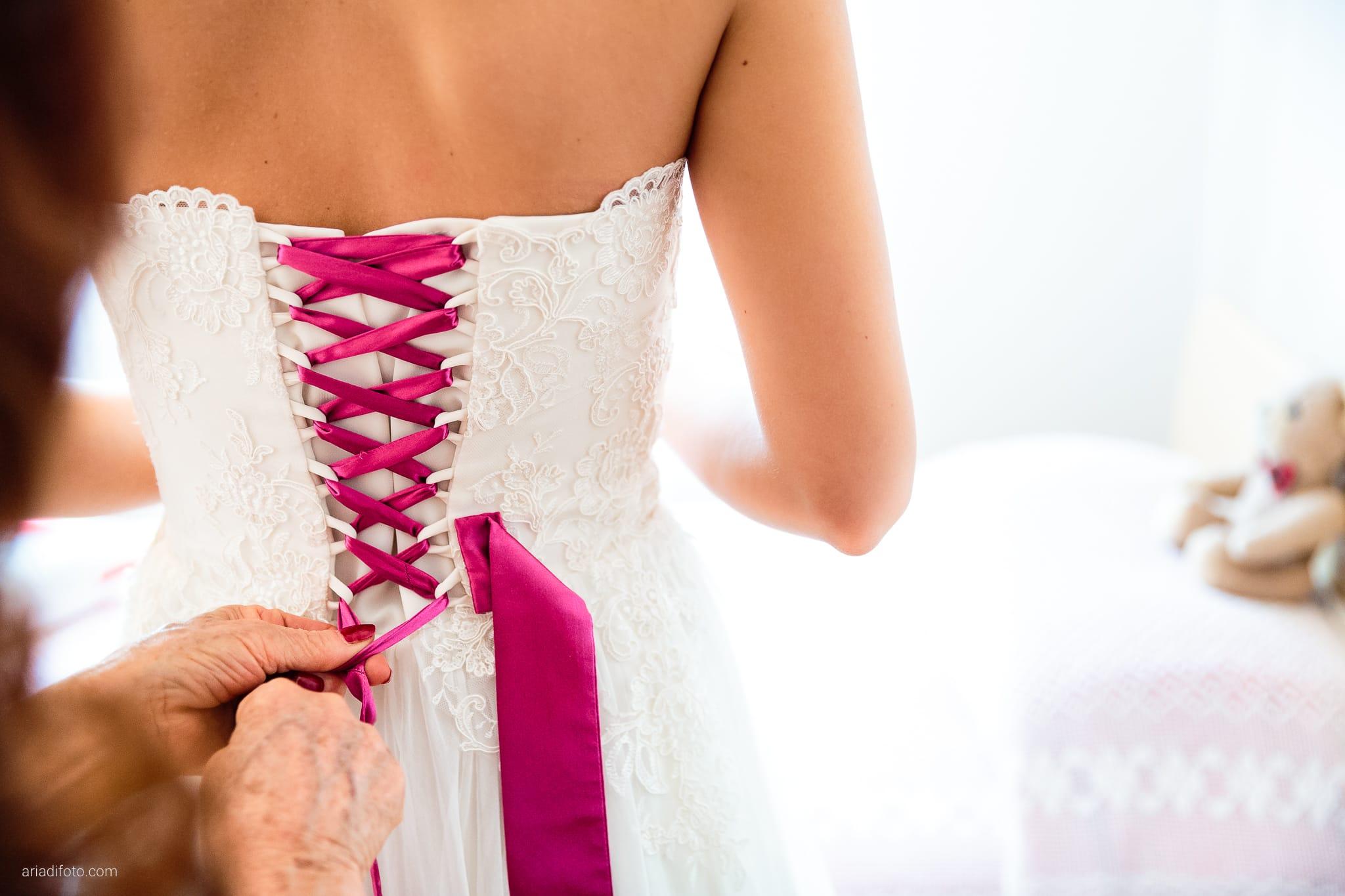 Dorella Stefano matrimonio Cormons Villa Chiopris Udine preparativi dettagli abito fiocco
