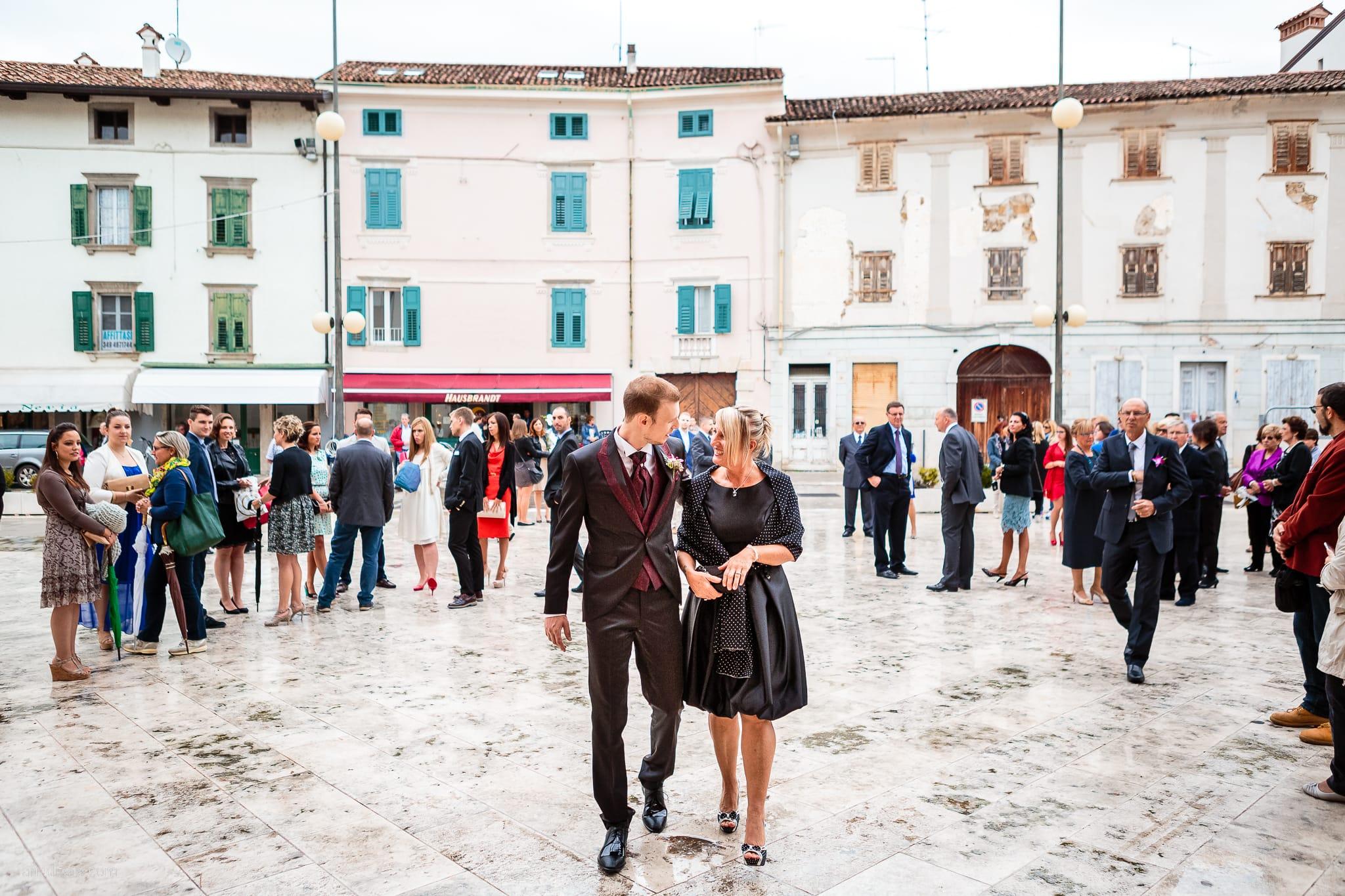 Dorella Stefano matrimonio Cormons Villa Chiopris Udine ingresso sposo