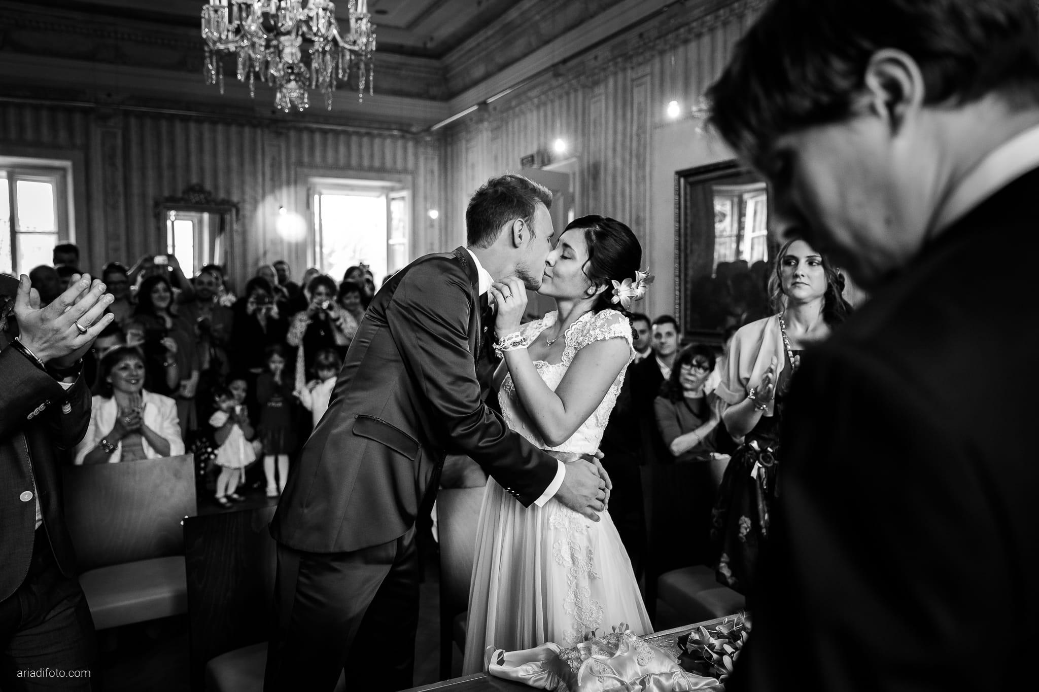 Dorella Stefano matrimonio Cormons Villa Chiopris Udine cerimonia scambio anelli