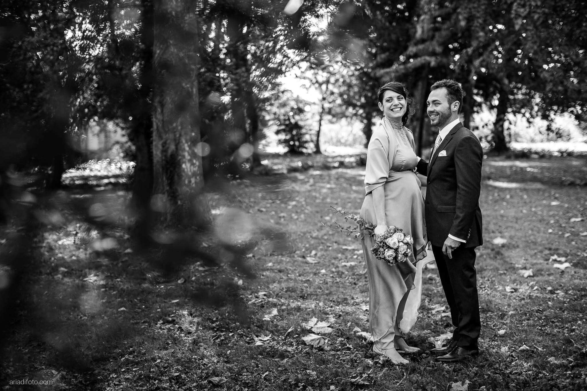 Francesca Patrick matrimonio Grado Villa Rigatti Fiumicello Udine ritratti sposi parco