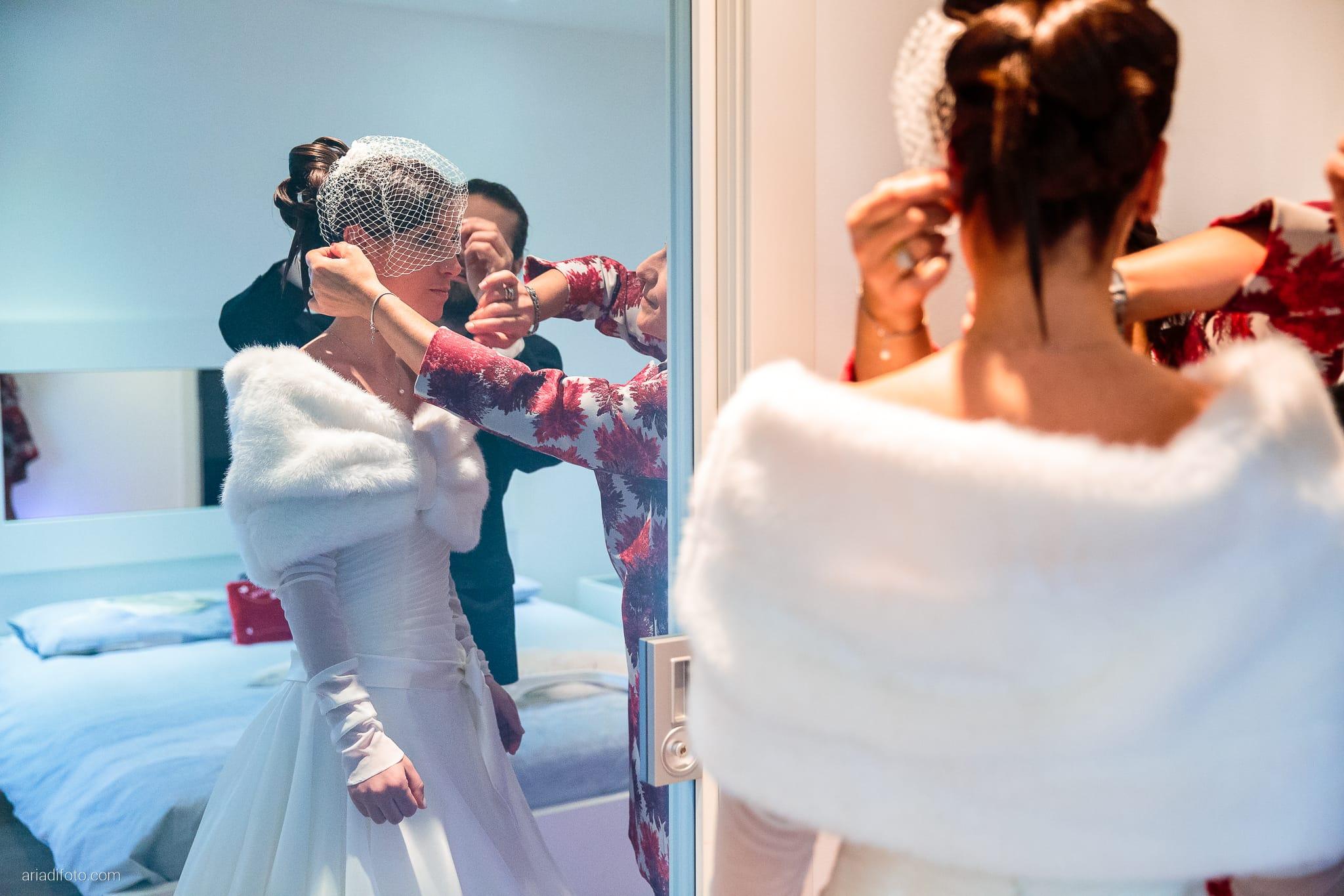 Elisa Matteo matrimonio Preval Gorizia Paradiso Pocenia Udine preparativi riflesso specchio veletta
