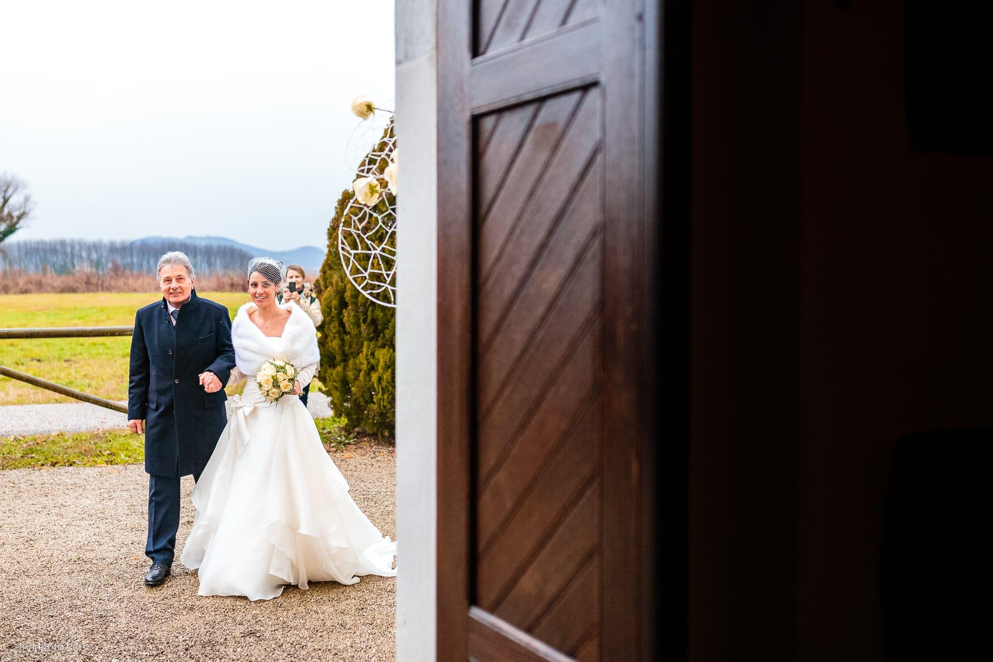 Elisa Matteo matrimonio Preval Gorizia Paradiso Pocenia Udine cerimonia ingresso sposa Santa Maria dei Popoli
