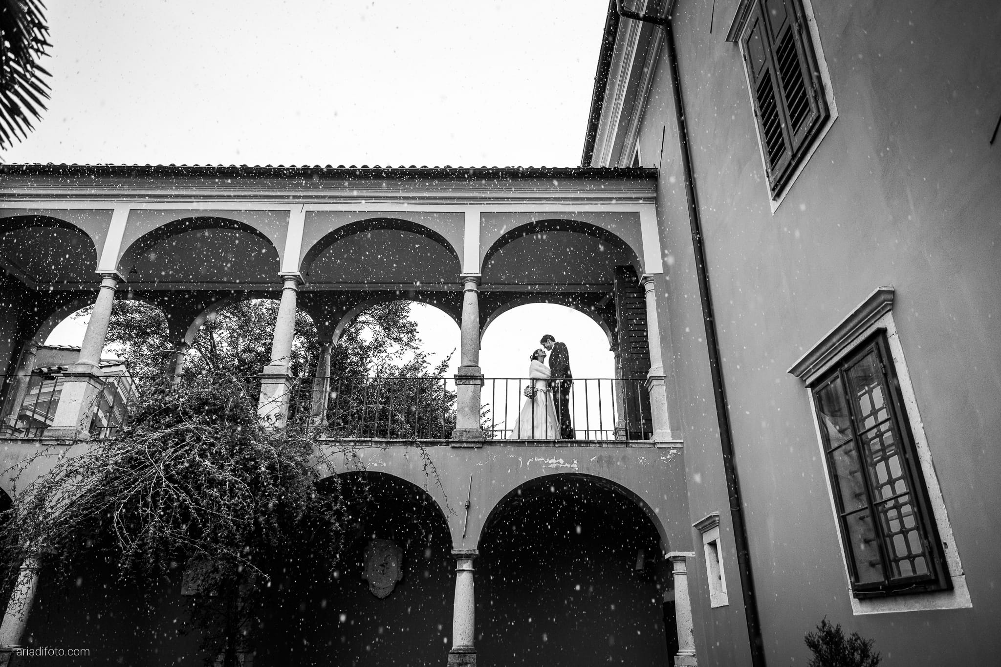 Elisa Matteo matrimonio Preval Gorizia Paradiso Pocenia Udine Palazzo Coronini Cronberg ritratti sposi inverno neve
