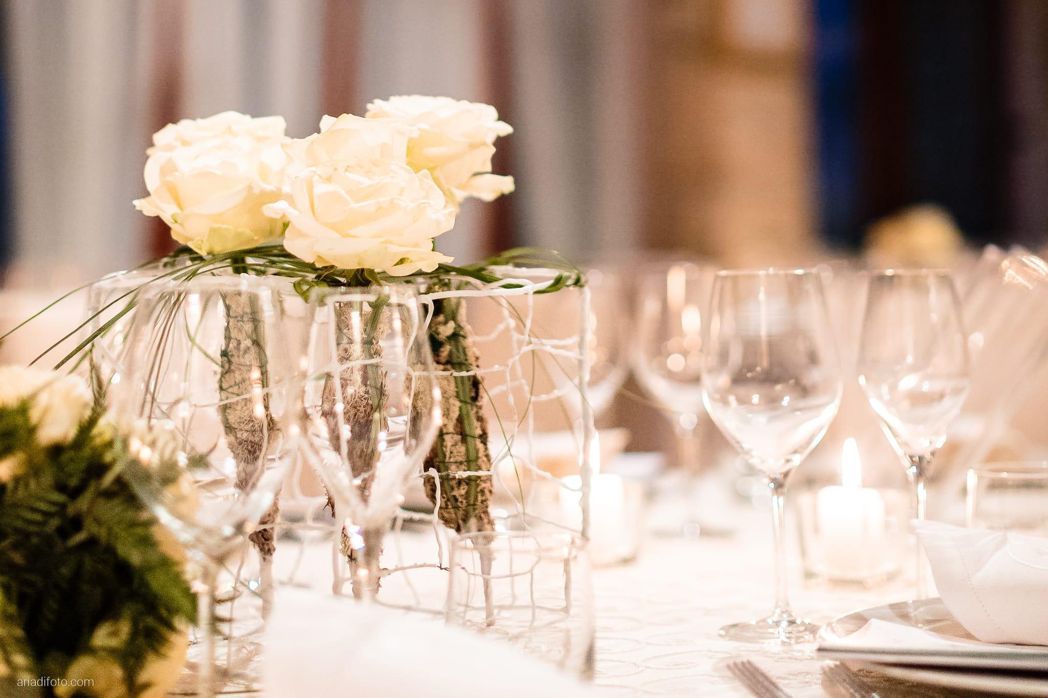 Elisa Matteo matrimonio Preval Gorizia Paradiso Pocenia Udine ricevimento dettagli sala decorazioni allestimenti tavoli fiori rose