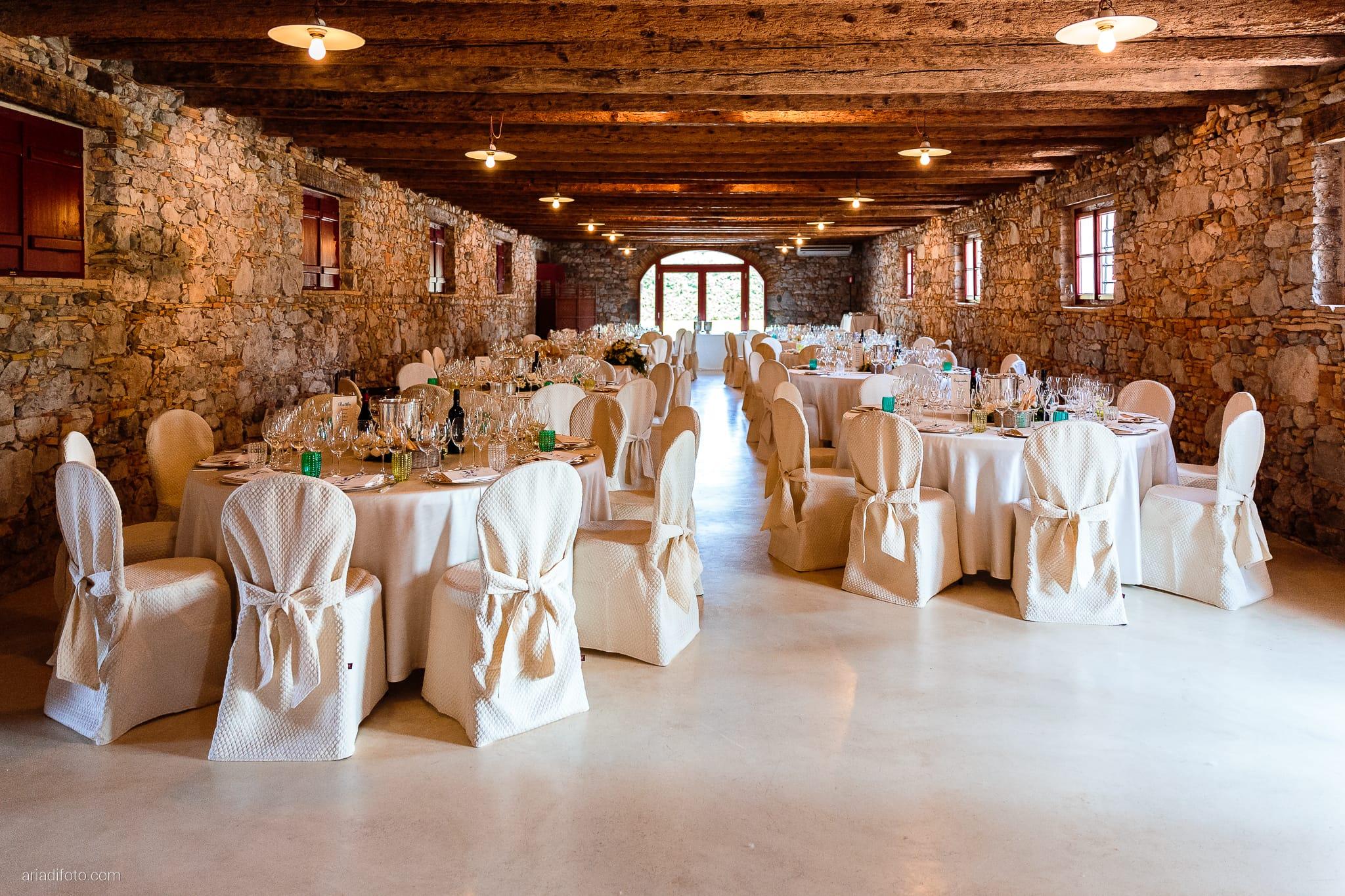 Giulia Paolo Matrimonio Trieste Villa Iachia Ruda Udine ricevimento sala allestimenti decorazioni centrotavola tavoli
