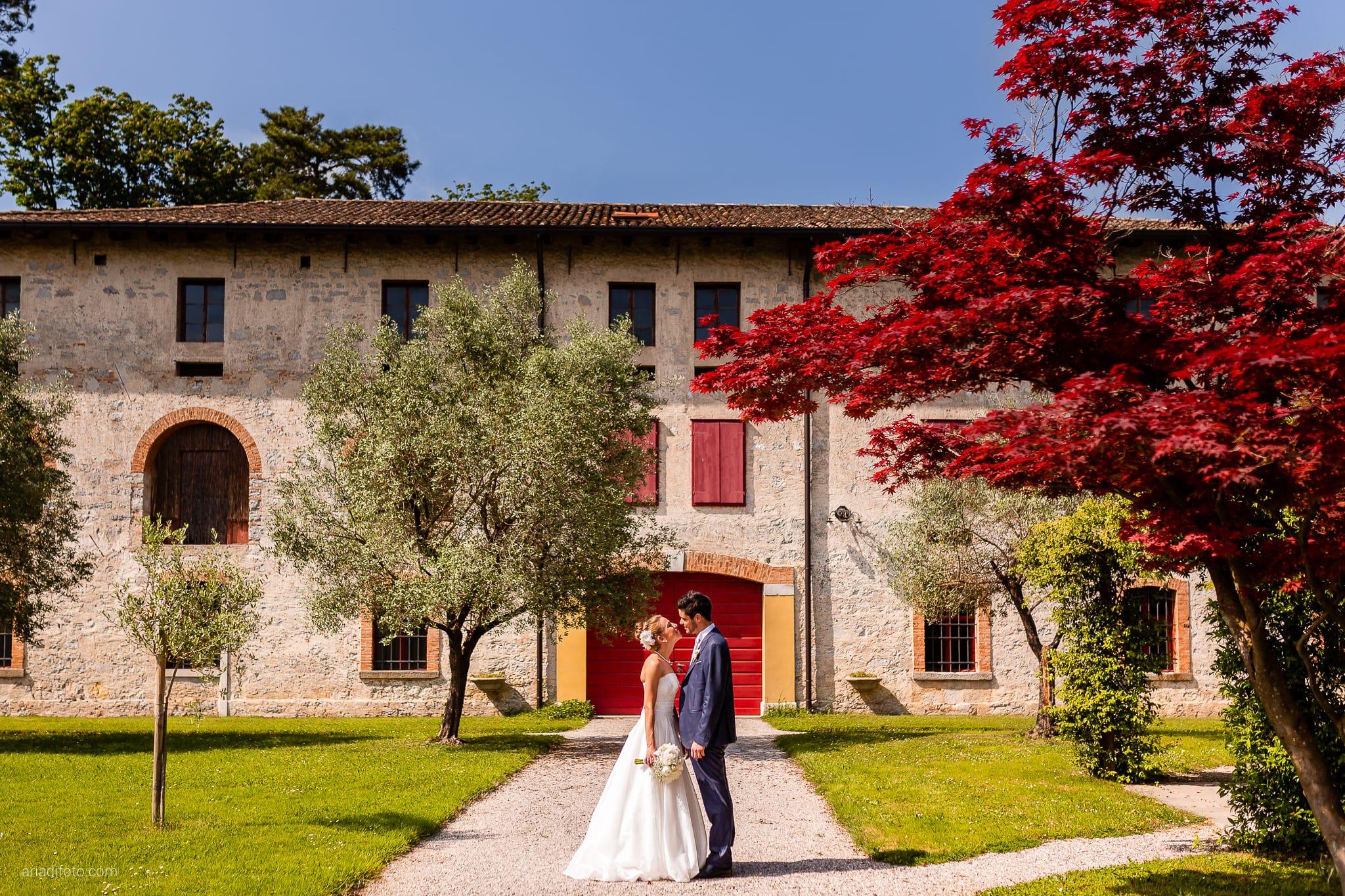 Giulia Paolo Matrimonio Trieste Villa Iachia Ruda Udine ritratti sposi parco