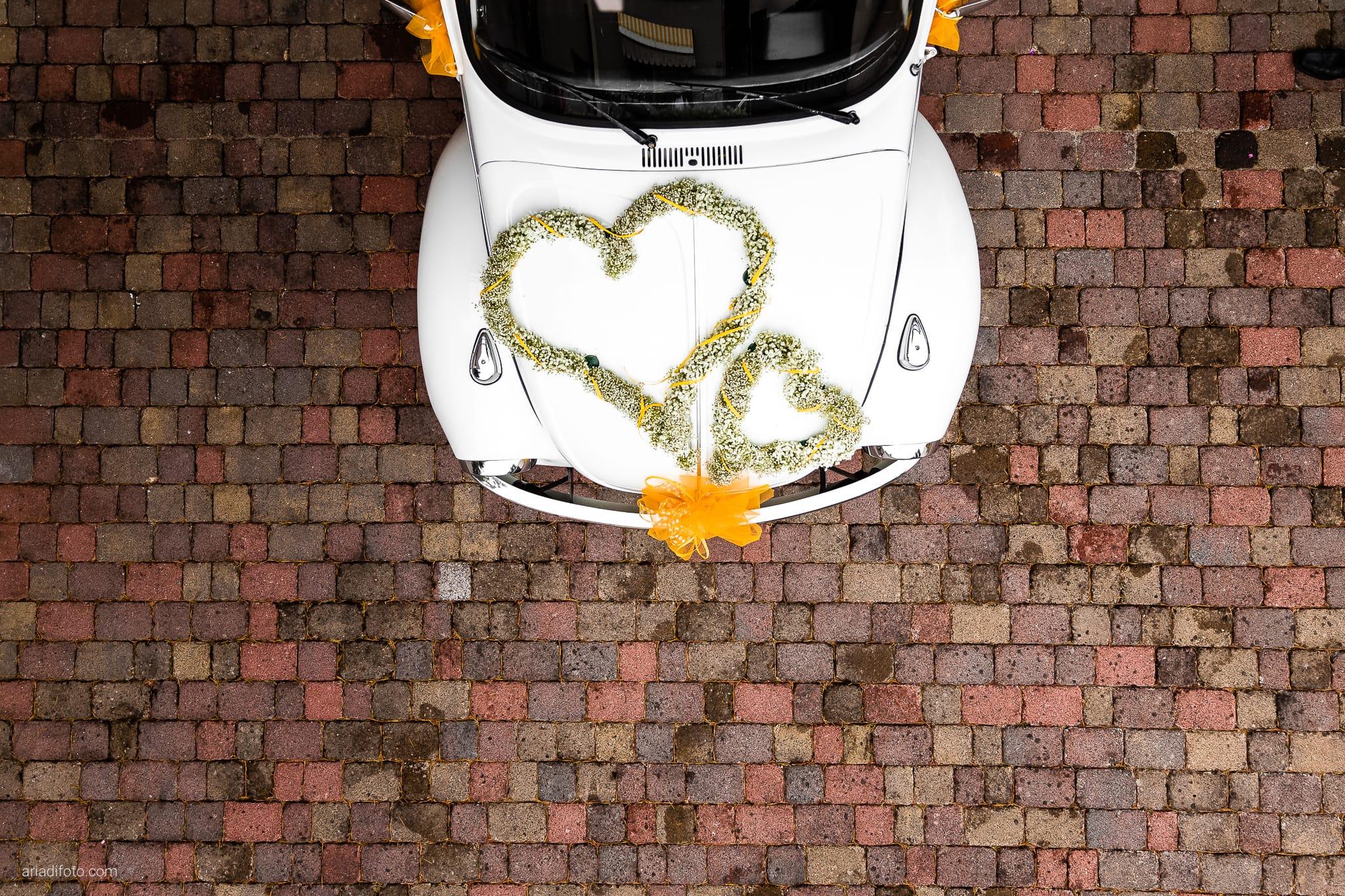 Michela Emilio Matrimonio Terrazze Riviera Trieste auto volkswagen maggiolone fiori cuore Gypsophila