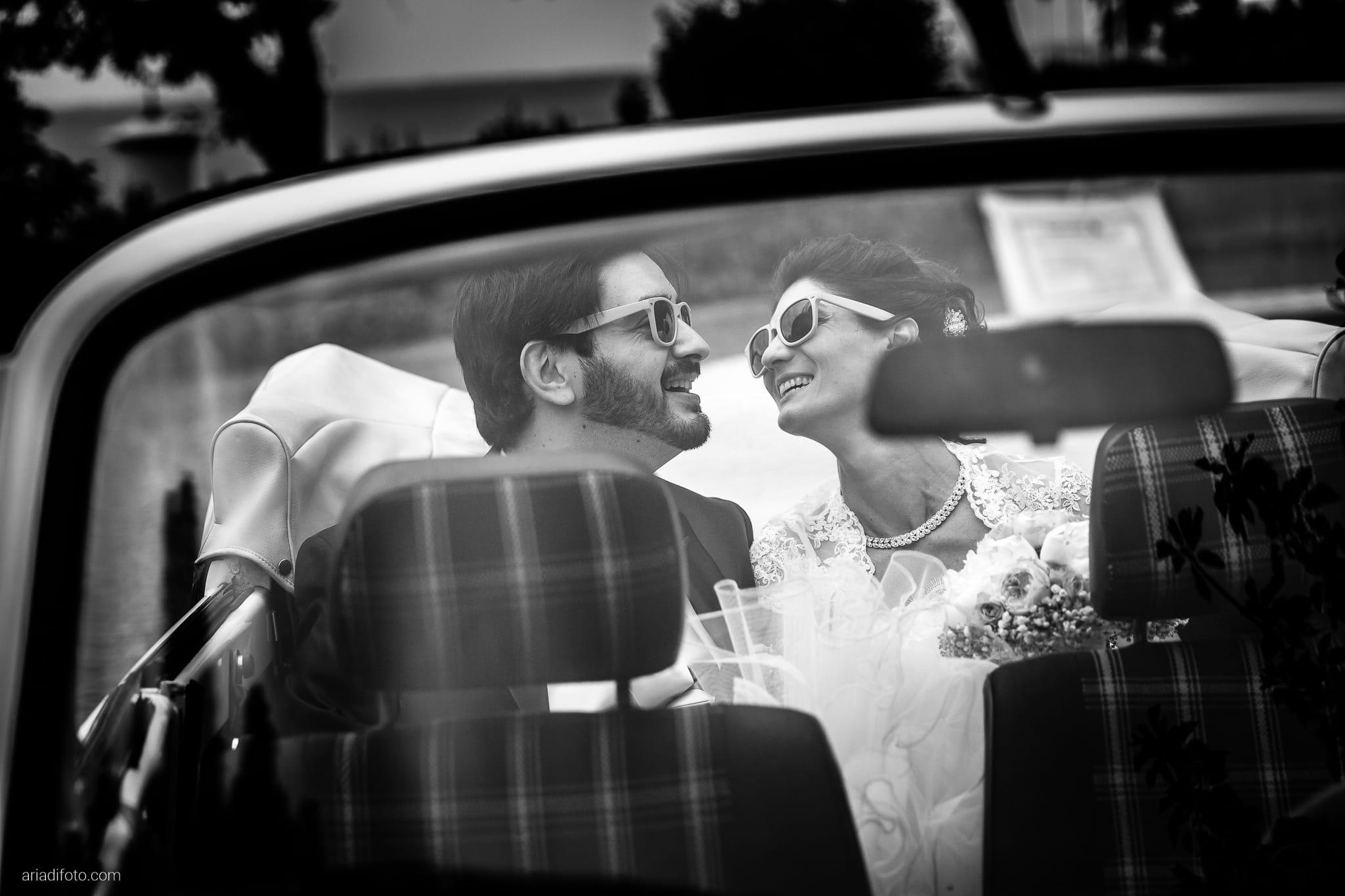 Michela Emilio Matrimonio Terrazze Riviera Trieste ritratti sposi auto