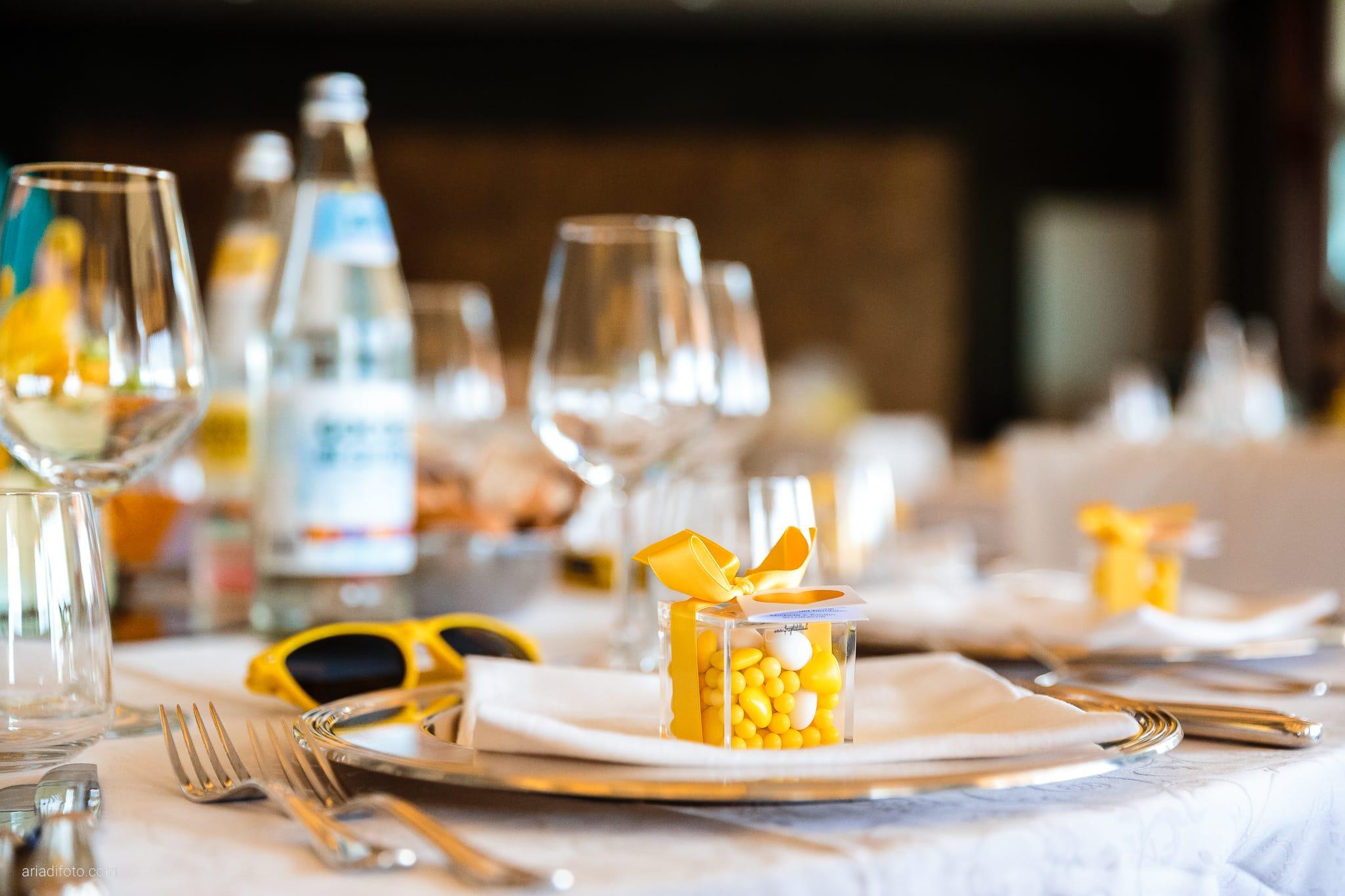 Michela Emilio Matrimonio Terrazze Riviera Trieste ricevimento dettagli allestimento decorazioni centrotavola tavoli bomboniere confetti