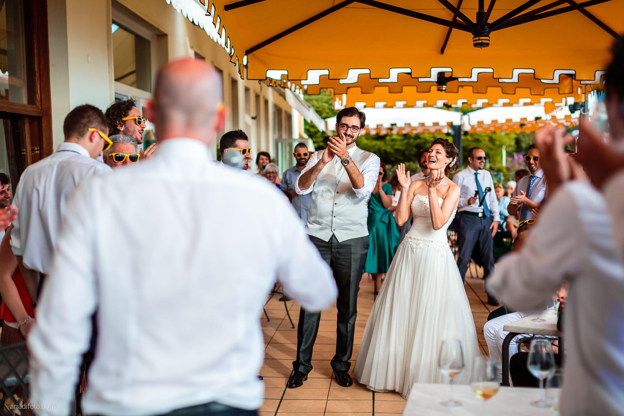 Michela Emilio Matrimonio Terrazze Riviera Trieste ricevimento scherzi amici