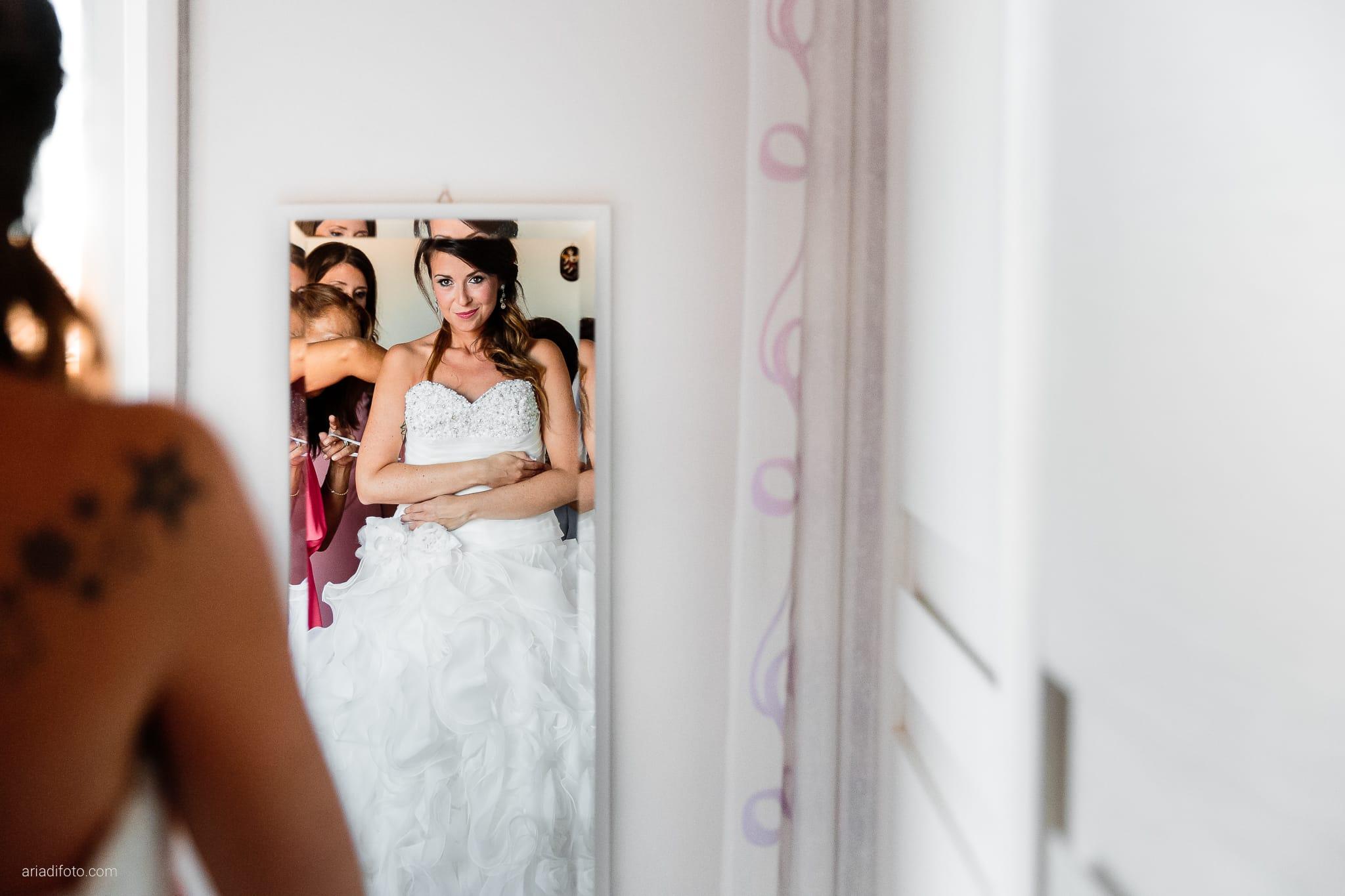 Melania Davide Matrimonio Monrupino Tavernetta Castello di Spessa Capriva Gorizia preparativi specchio riflesso