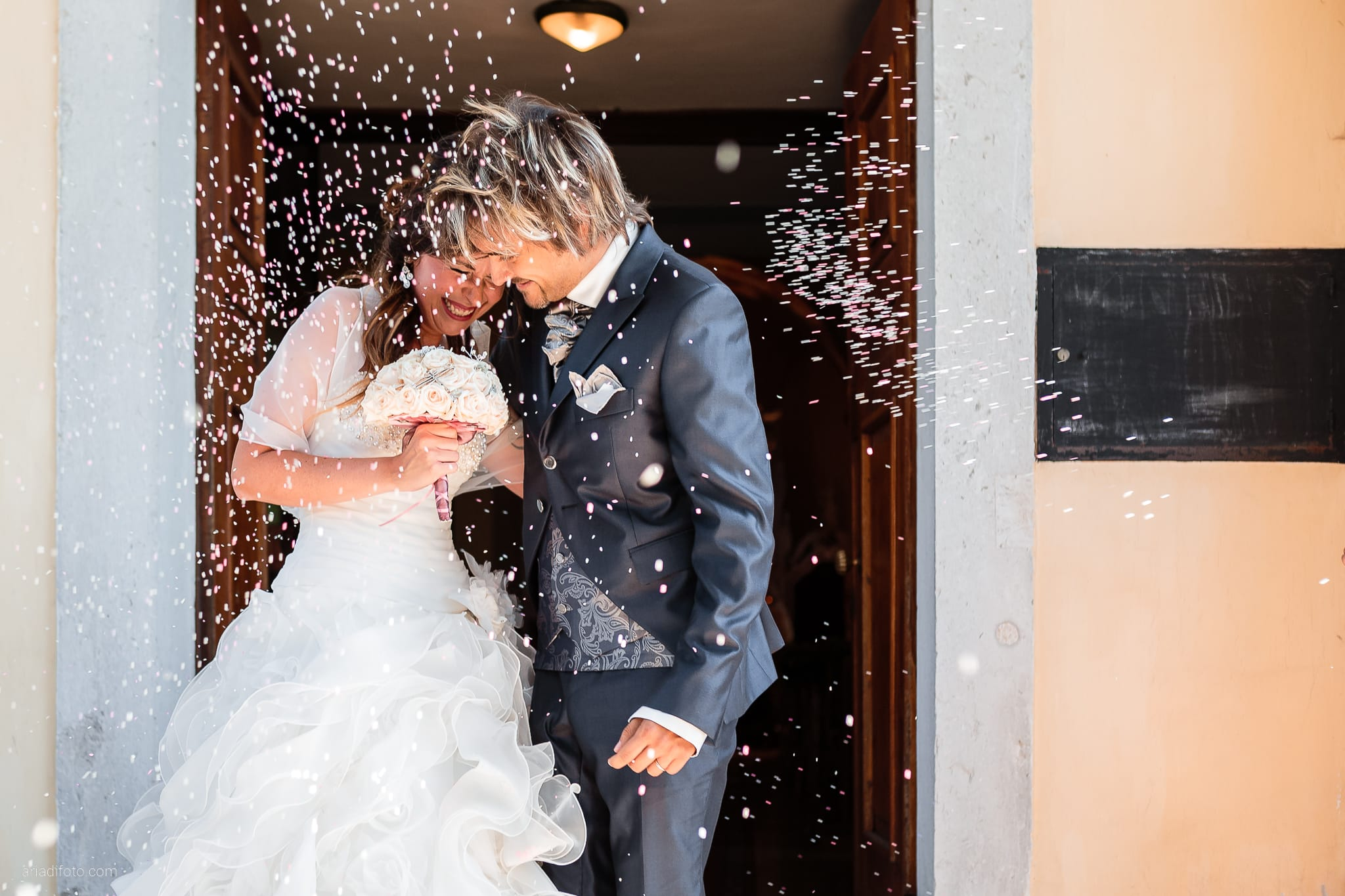 Melania Davide Matrimonio Santuario di Monrupino Tavernetta Castello di Spessa Capriva Gorizia lancio del riso