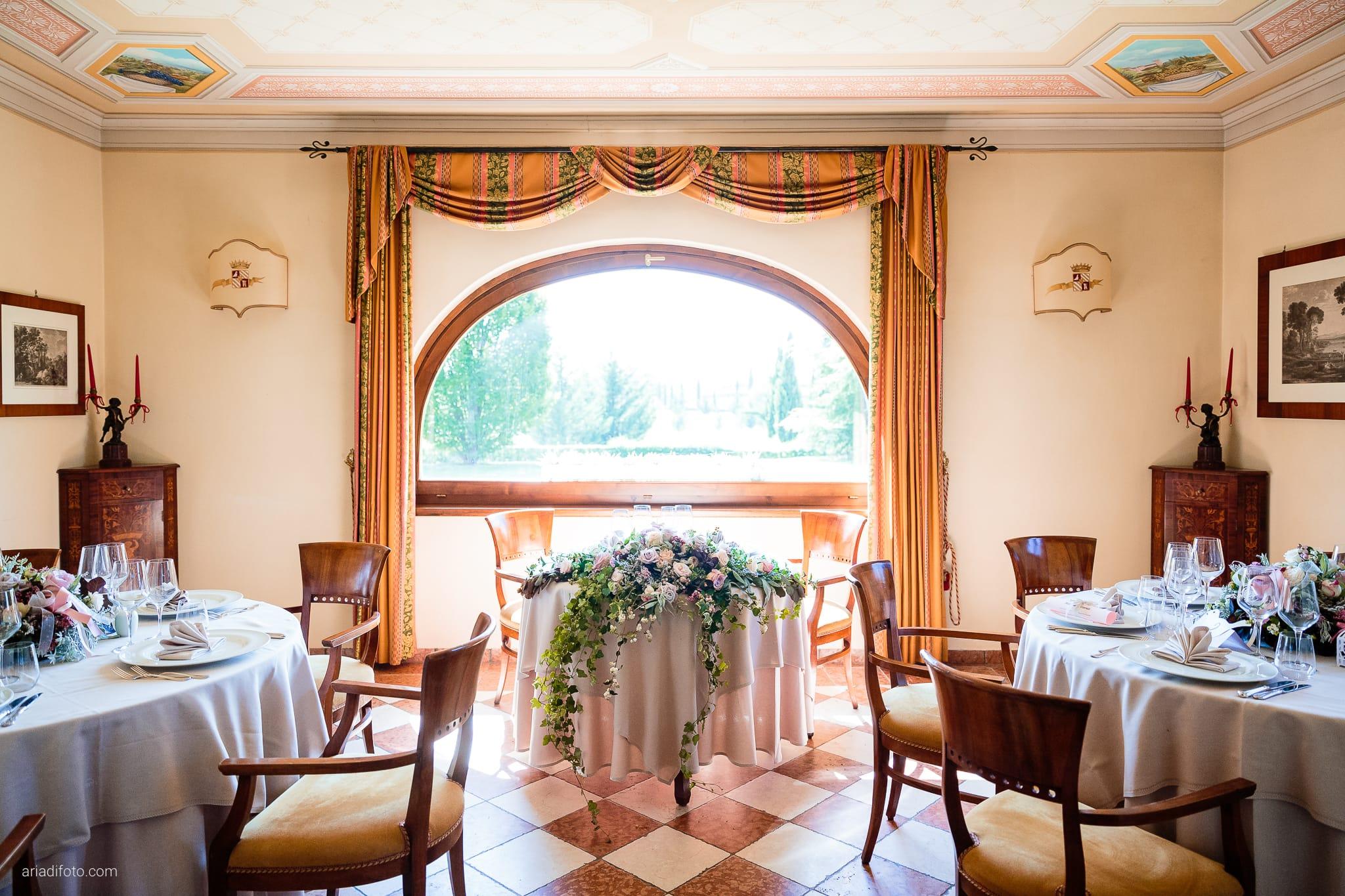 Melania Davide Matrimonio Monrupino Tavernetta Castello di Spessa Capriva Gorizia ricevimento dettagli sala allestimenti decorazioni
