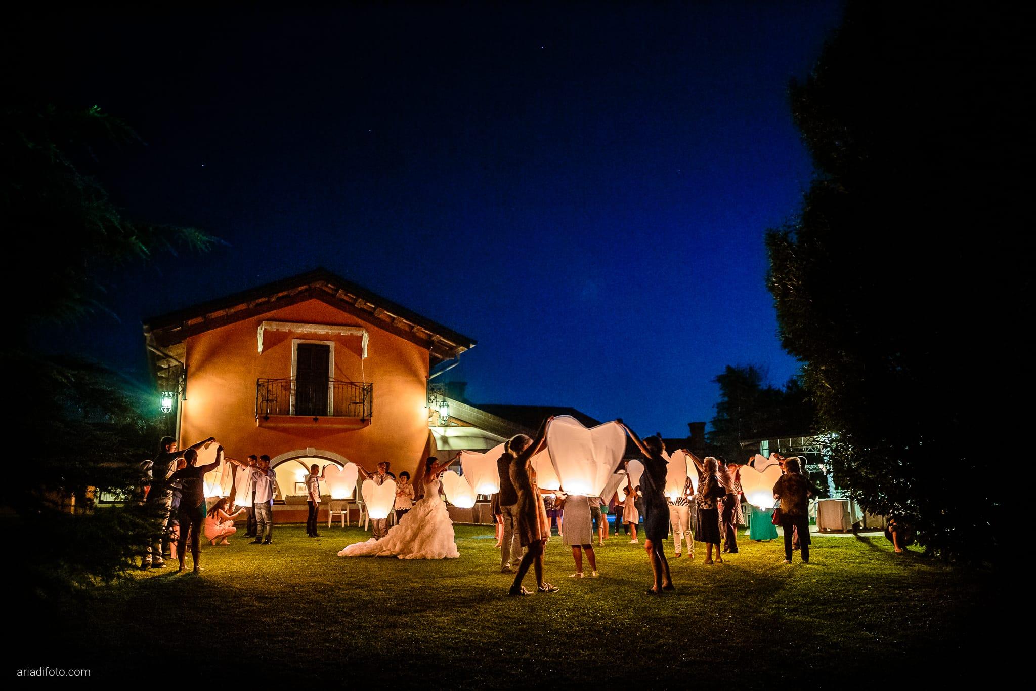 Melania Davide Matrimonio Monrupino Tavernetta Castello di Spessa Capriva Gorizia ricevimento lanterne ora blu