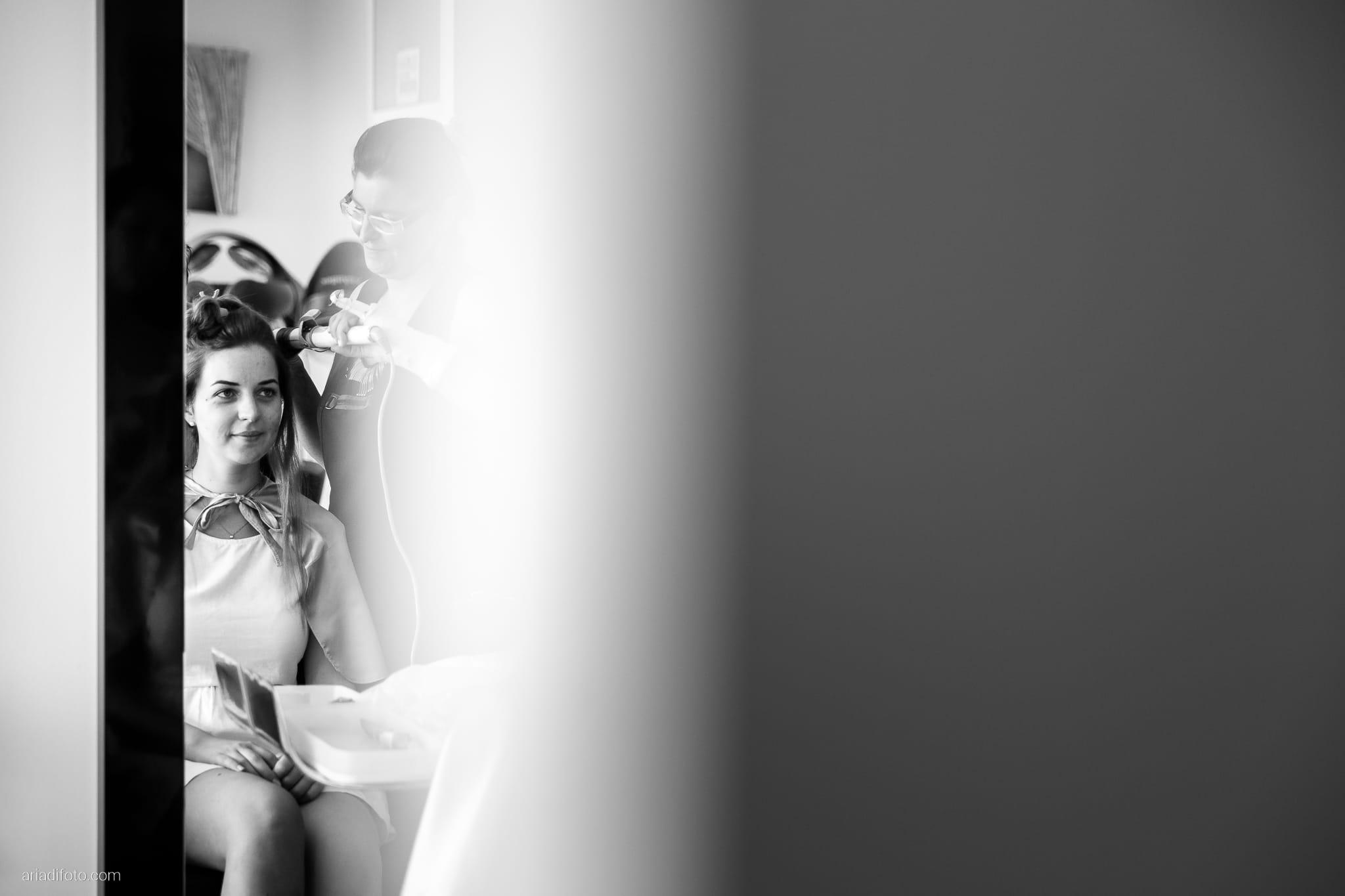 Valentina Francesco Matrimonio Pagnacco Castello Villalta Fagagna Udine preparativi acconciatura specchio riflesso