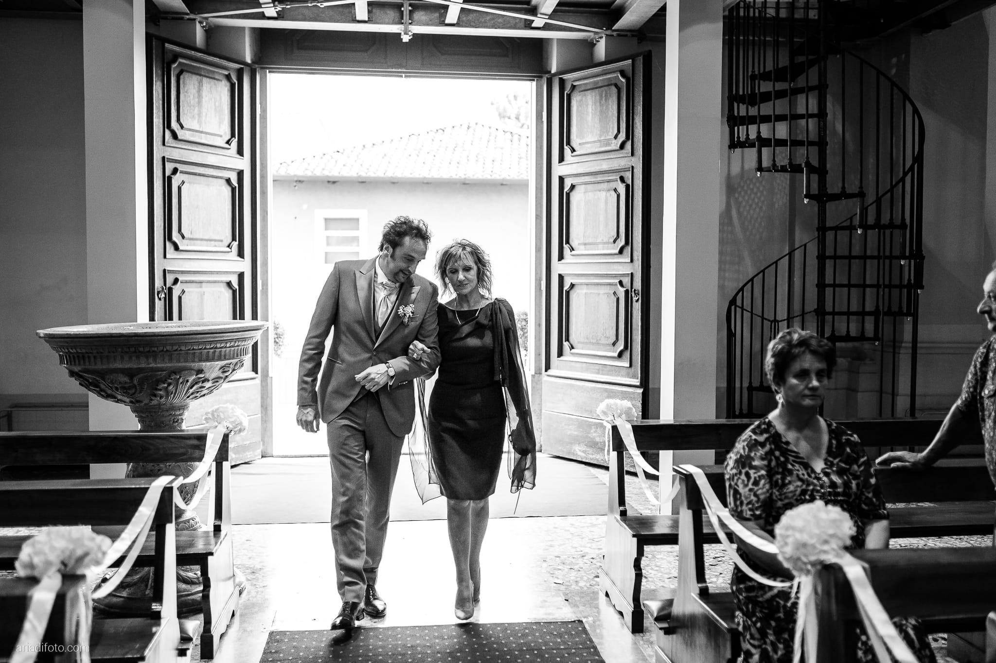 Valentina Francesco Matrimonio Chiesa San Giorgio Martire Pagnacco Castello Villalta Fagagna Udine cerimonia ingresso sposo