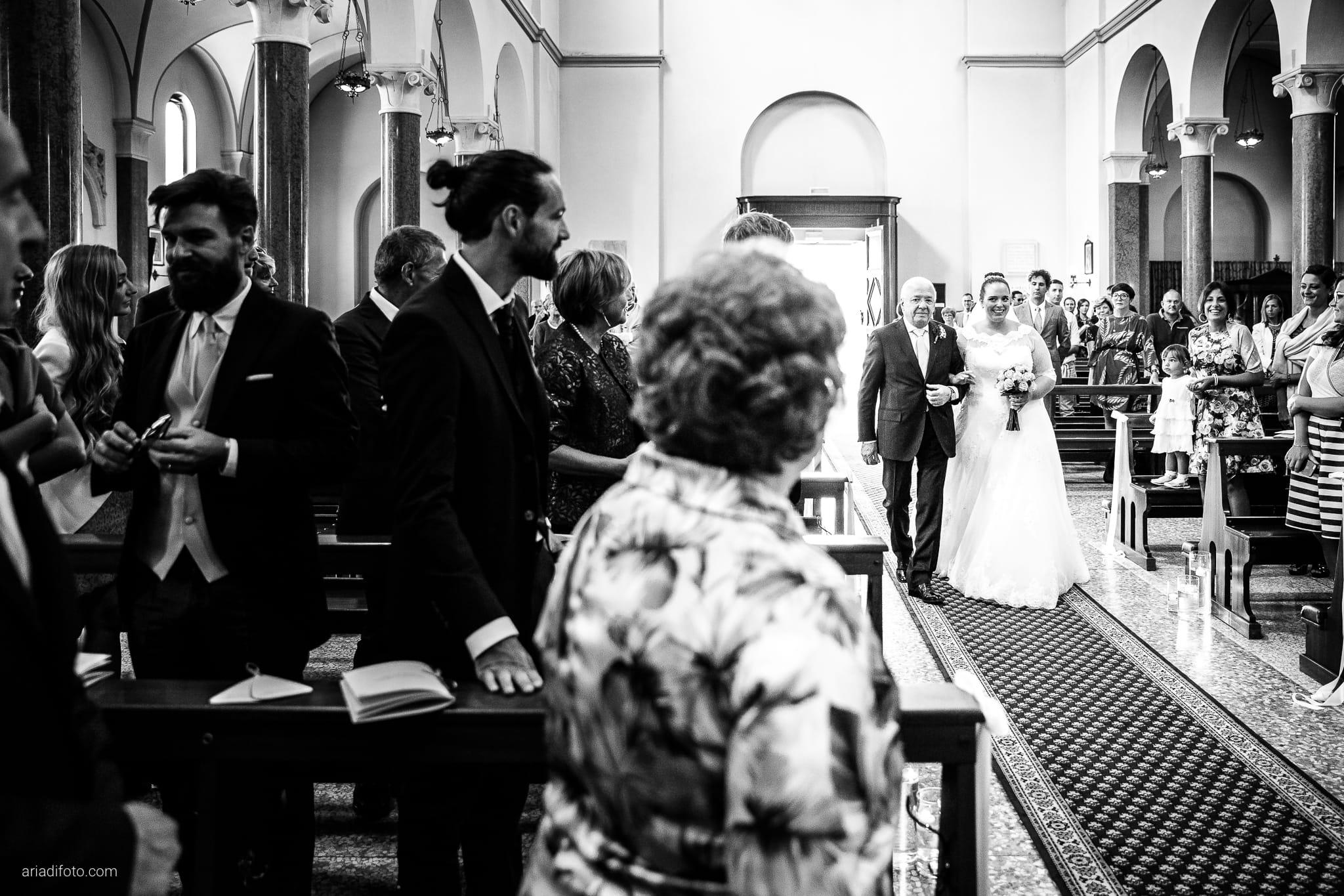 Eleonora Andrea Matrimonio Chiesa San Tiziano Vescovo Francenigo di Gaiarine Castello Papadopoli Giol San Polo Piave Treviso cerimonia ingresso sposa