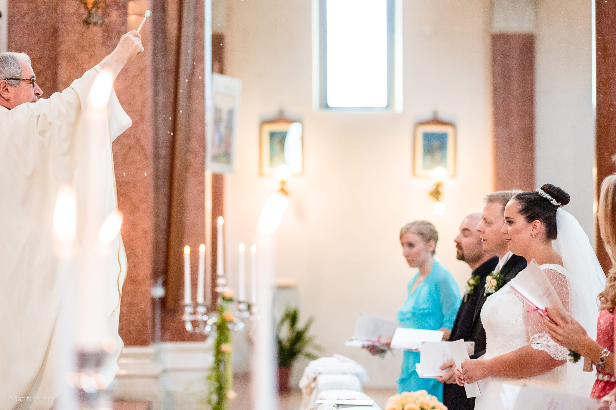 Eleonora Andrea Matrimonio Chiesa San Tiziano Vescovo Francenigo di Gaiarine Castello Papadopoli Giol San Polo Piave Treviso cerimonia benedizione
