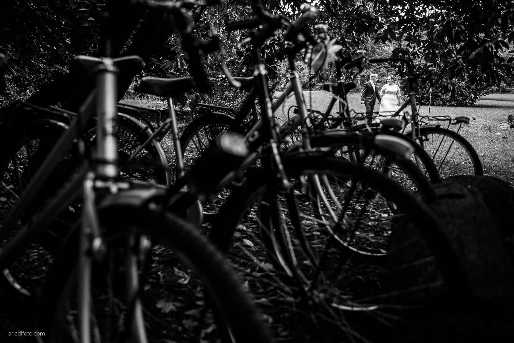 Eleonora Andrea Matrimonio Castello Papadopoli Giol San Polo Piave Treviso ritratti sposi biciclette